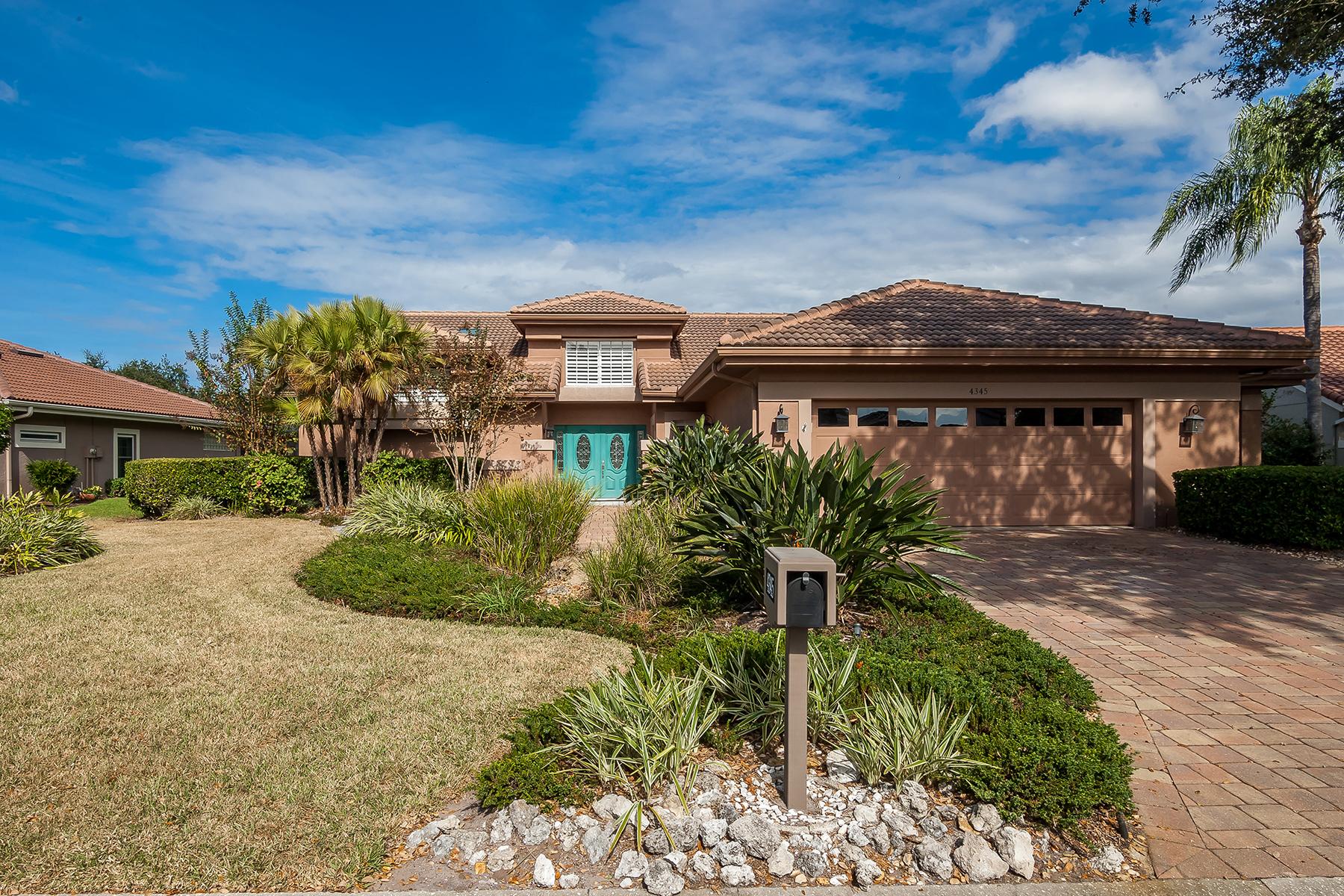 Casa para uma família para Venda às THE MEADOWS 4345 Highland Oaks Cir Sarasota, Florida, 34235 Estados Unidos