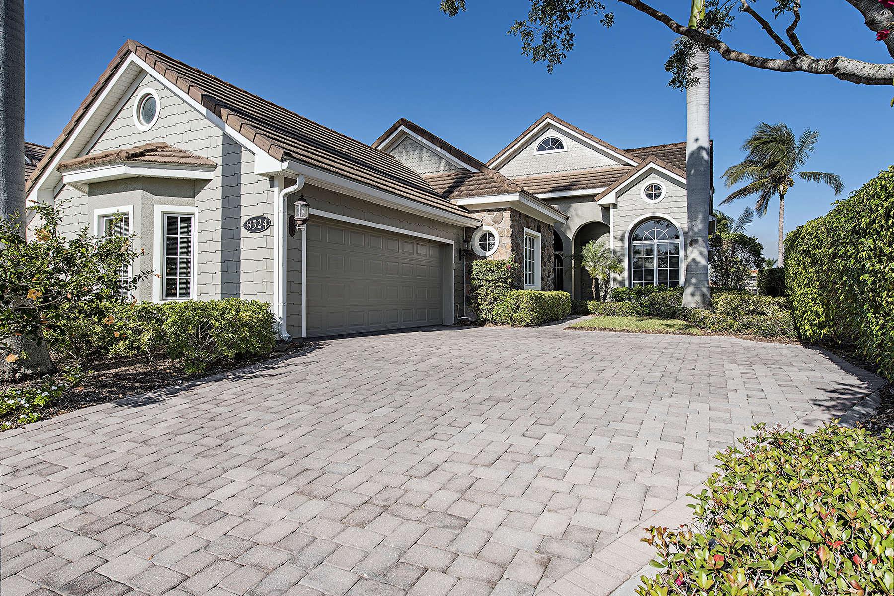 Single Family Home for Sale at FIDDLERS CREEK 8524 Mallards Pt, Naples, Florida 34114 United States
