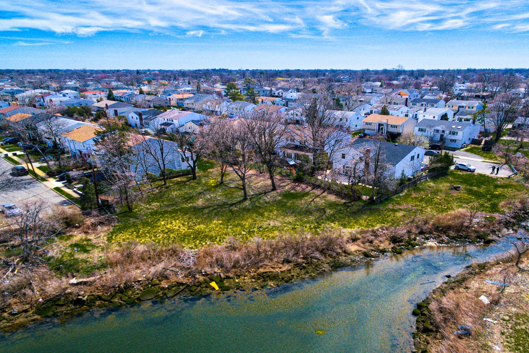 Земля для того Продажа на Halevy Dr , Cedarhurst, NY 11516 Cedarhurst, Нью-Йорк, 11516 Соединенные Штаты