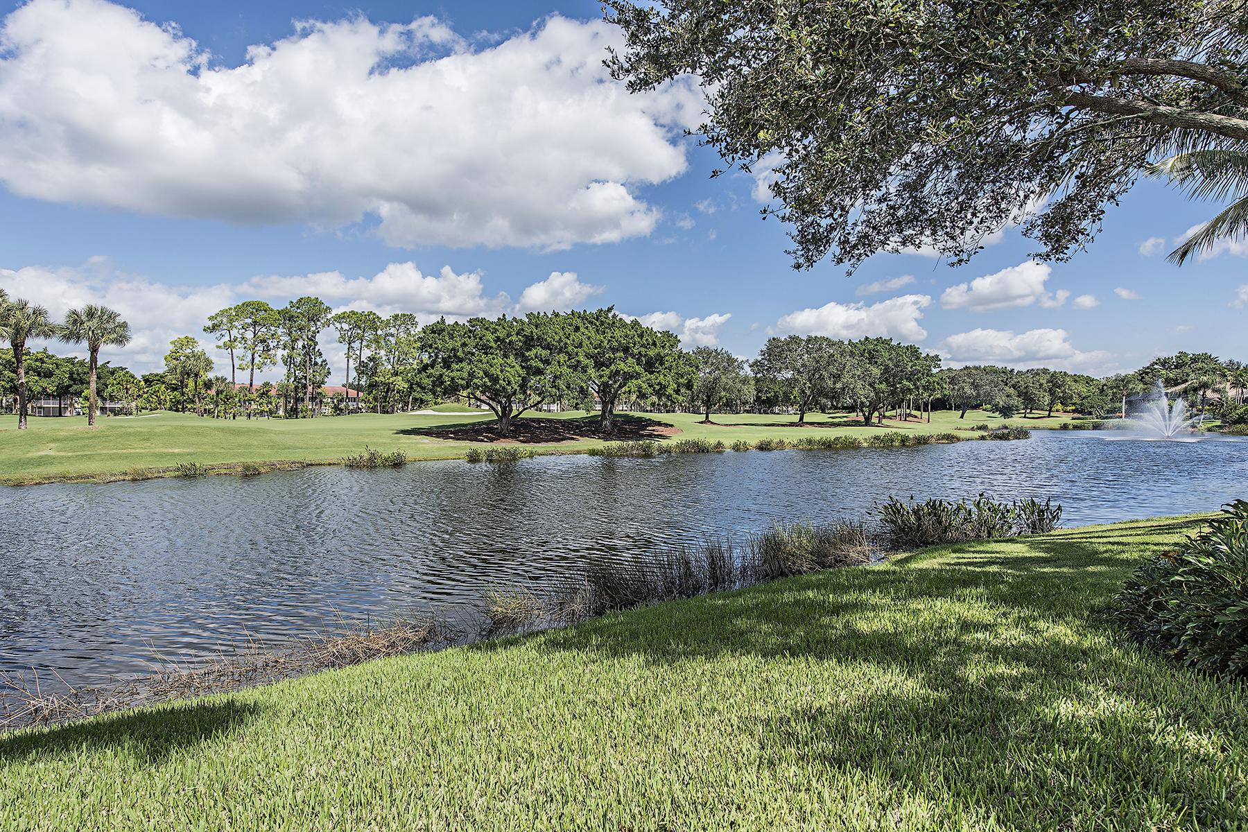 Частный односемейный дом для того Продажа на PELICAN MARSH - WATERCREST 2337 Cheshire Ln Naples, Флорида, 34109 Соединенные Штаты