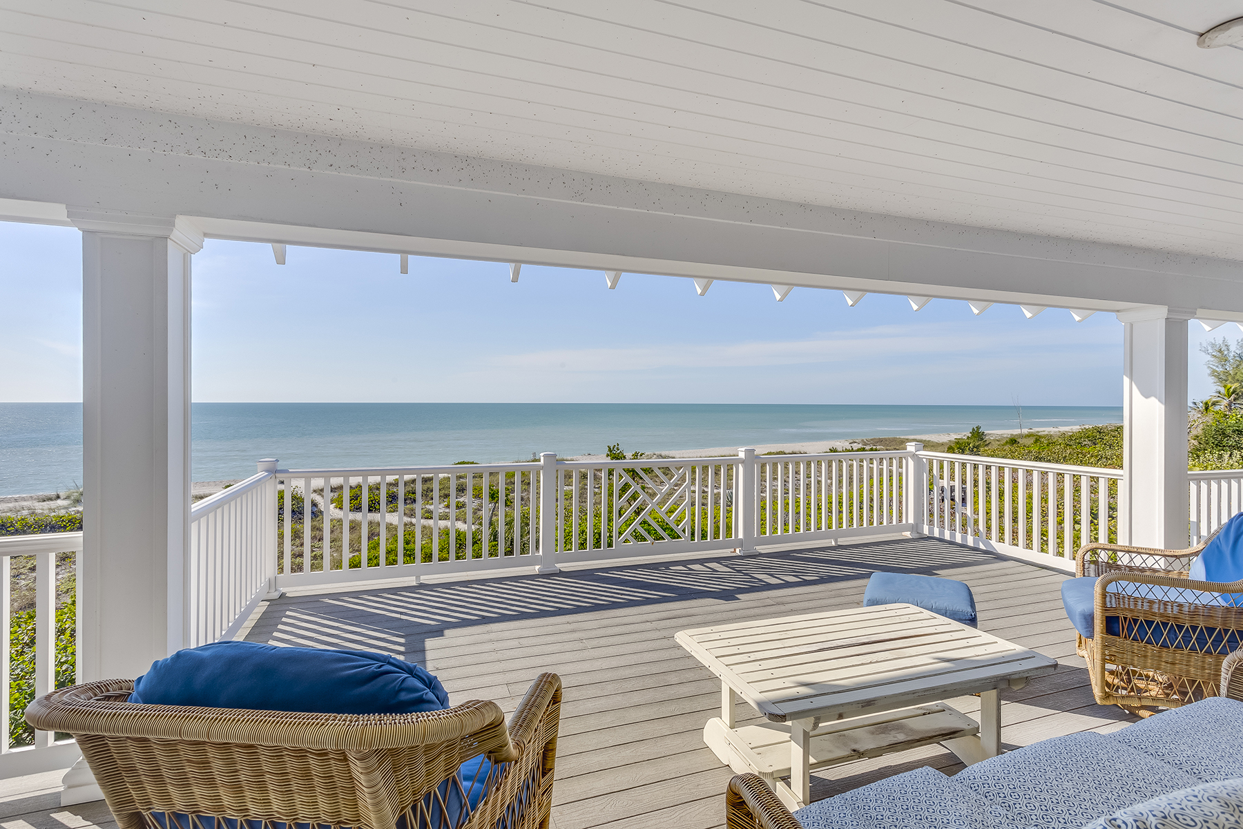Additional photo for property listing at 17030 Captiva Dr , Captiva, FL 33924 17030  Captiva Dr,  Captiva, Florida 33924 United States