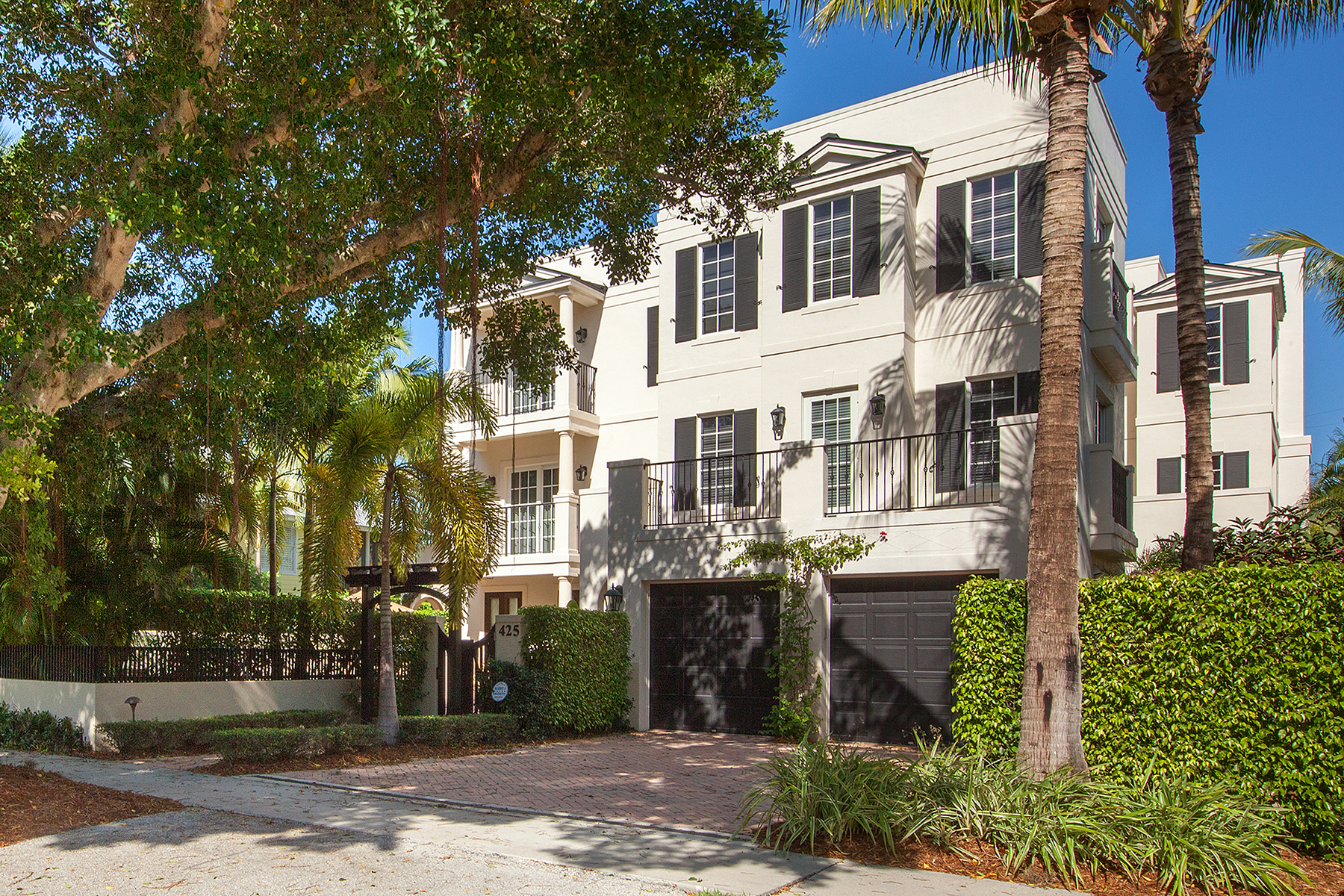Townhouse for Sale at OLD NAPLES - ORCHID PLACE 425 3rd Ave S 2, Naples, Florida 34102 United States
