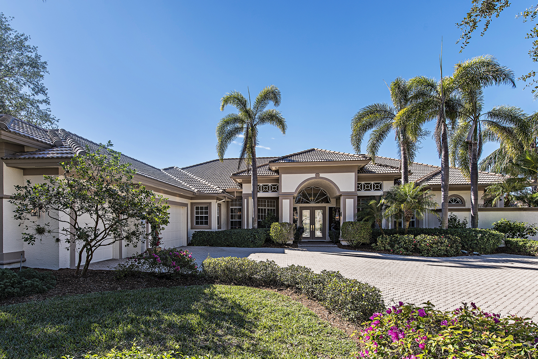 Single Family Home for Sale at Arbors at Pelican Marsh 1376 Wood Duck Trl, Naples, Florida 34108 United States
