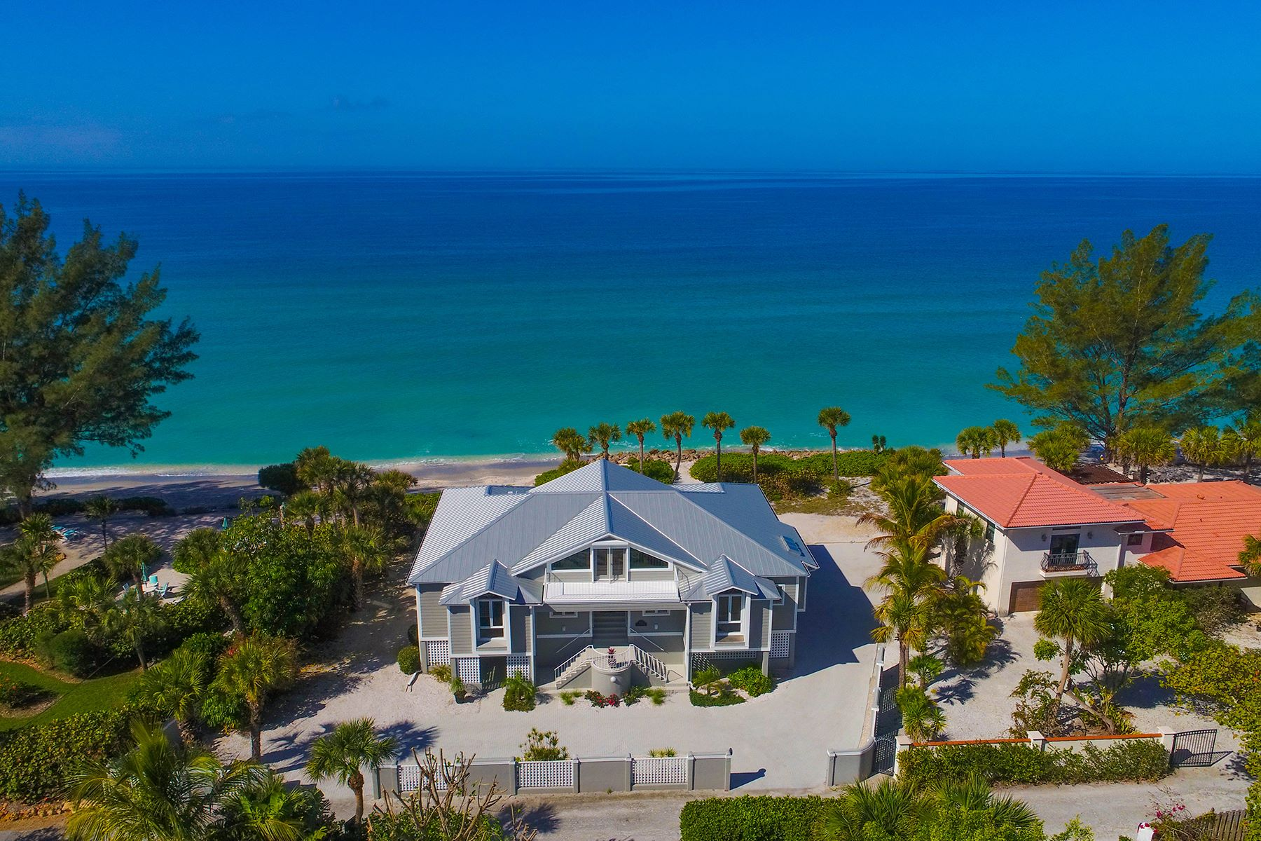 Single Family Home for Sale at CASEY KEY 1027 N Casey Key Rd Osprey, Florida, 34229 United States