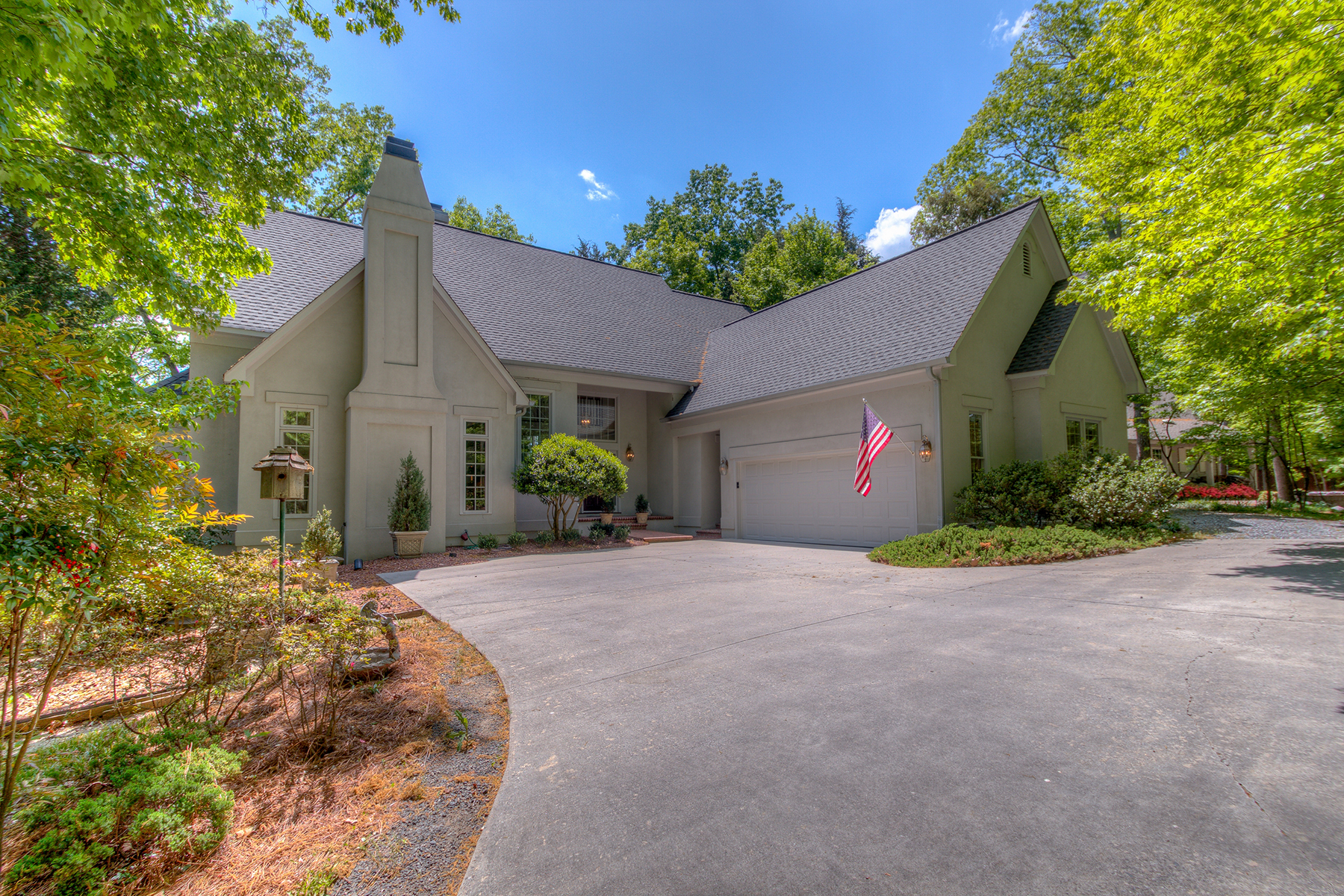 Single Family Home for Sale at RIVER HILLS 84 Heritage Dr 71 Lake Wylie, South Carolina, 29710 United States
