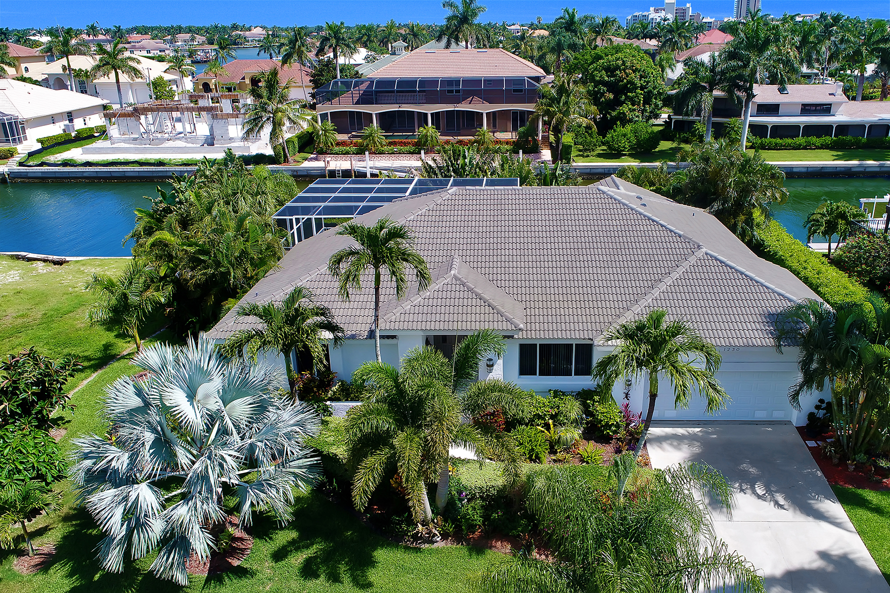 Single Family Home for Sale at MARCO ISLAND 1230 Osprey Ct, Marco Island, Florida 34145 United States