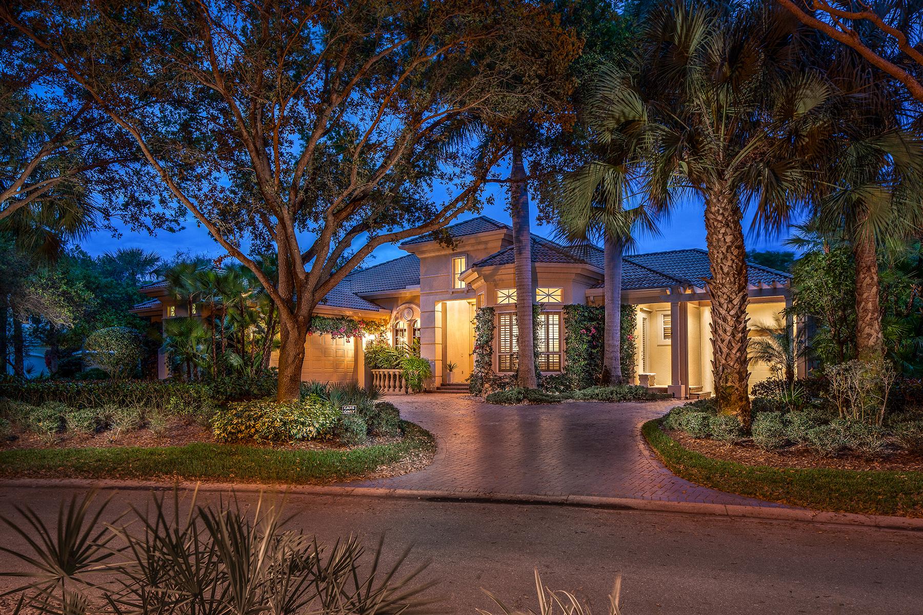 Nhà ở một gia đình vì Bán tại COLLIERS RESERVE 963 Barcarmil Way Naples, Florida, 34110 Hoa Kỳ