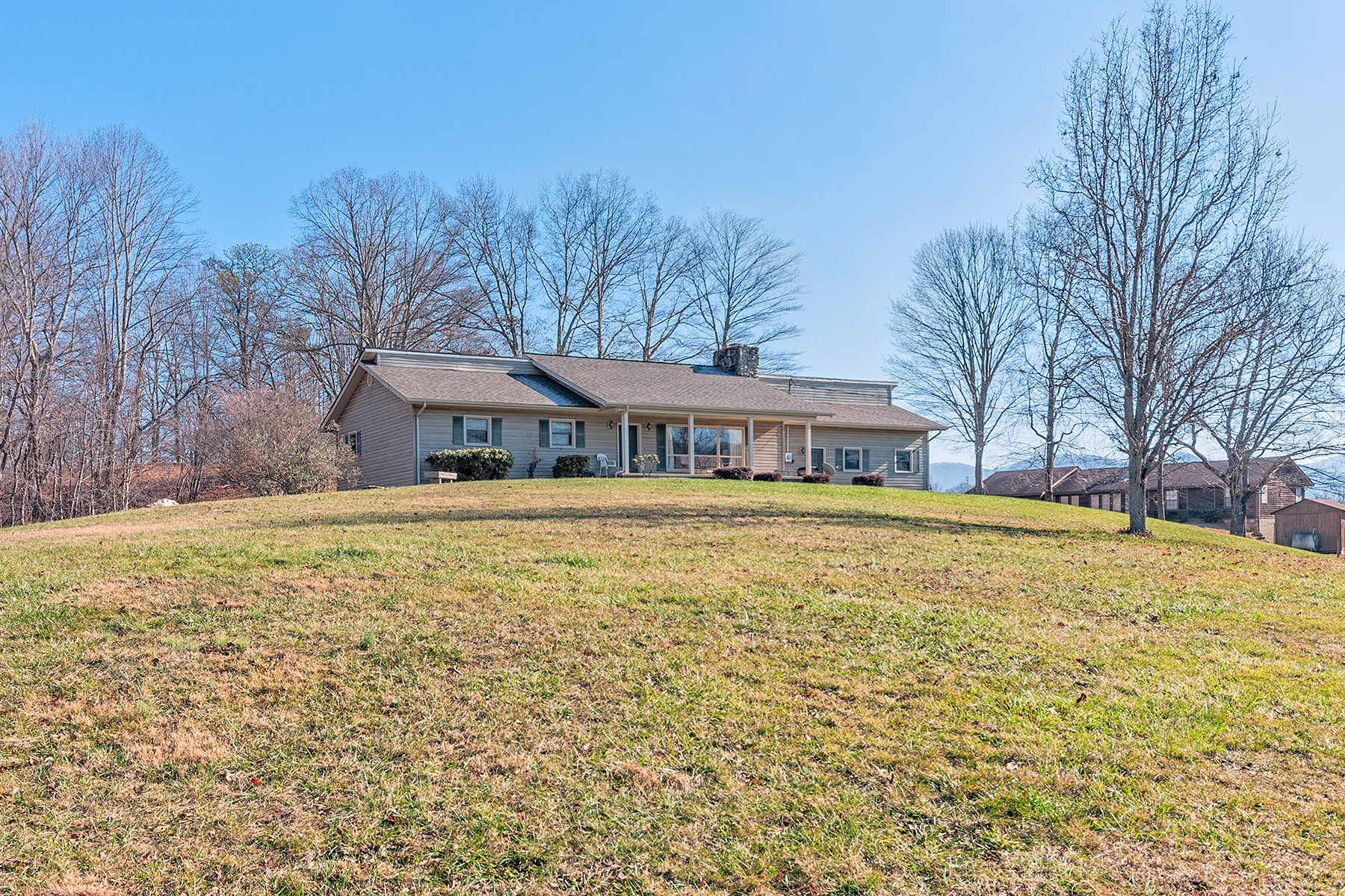 Single Family Home for Sale at PRIVATE MINI FARM 320 Pisgah Hwy, Candler, North Carolina 28715 United States