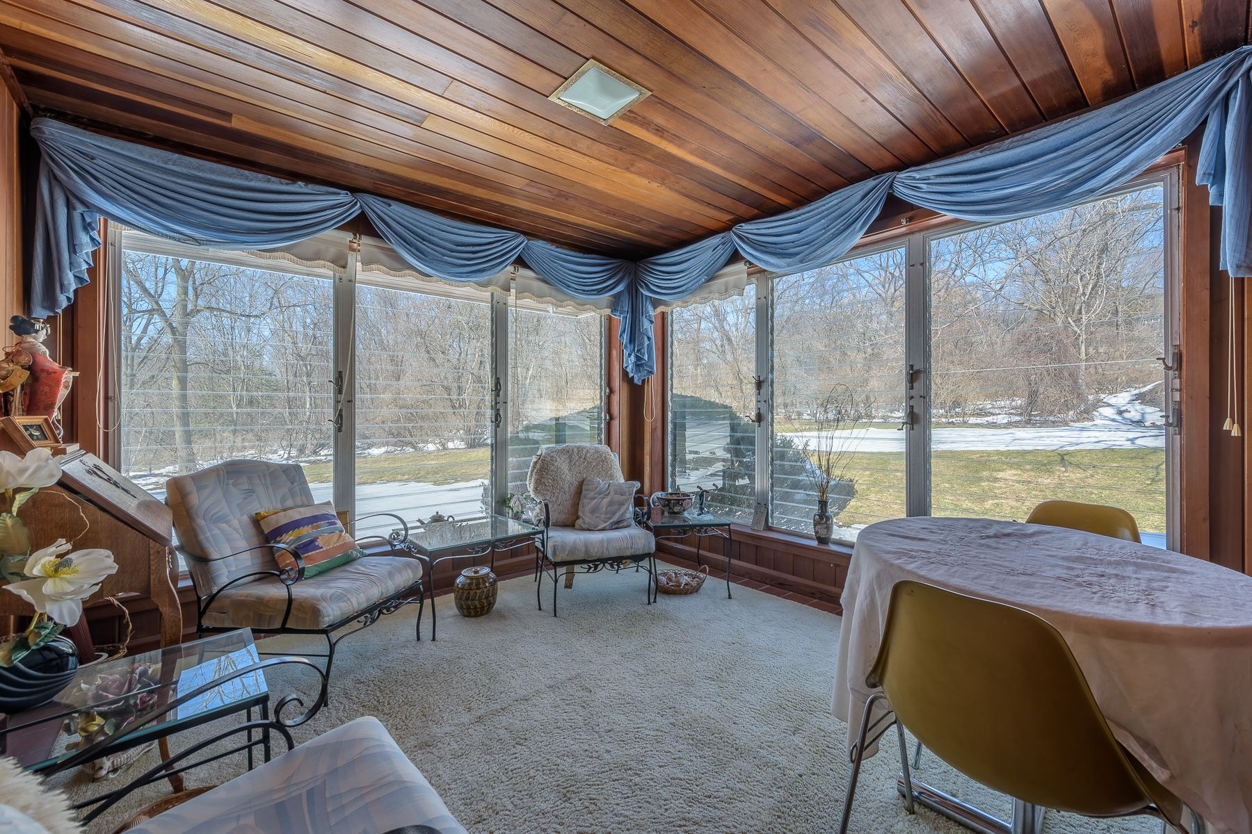 Additional photo for property listing at Village Ranch with Lake Rights 14  Gayle Rd Skaneateles, New York 13152 United States