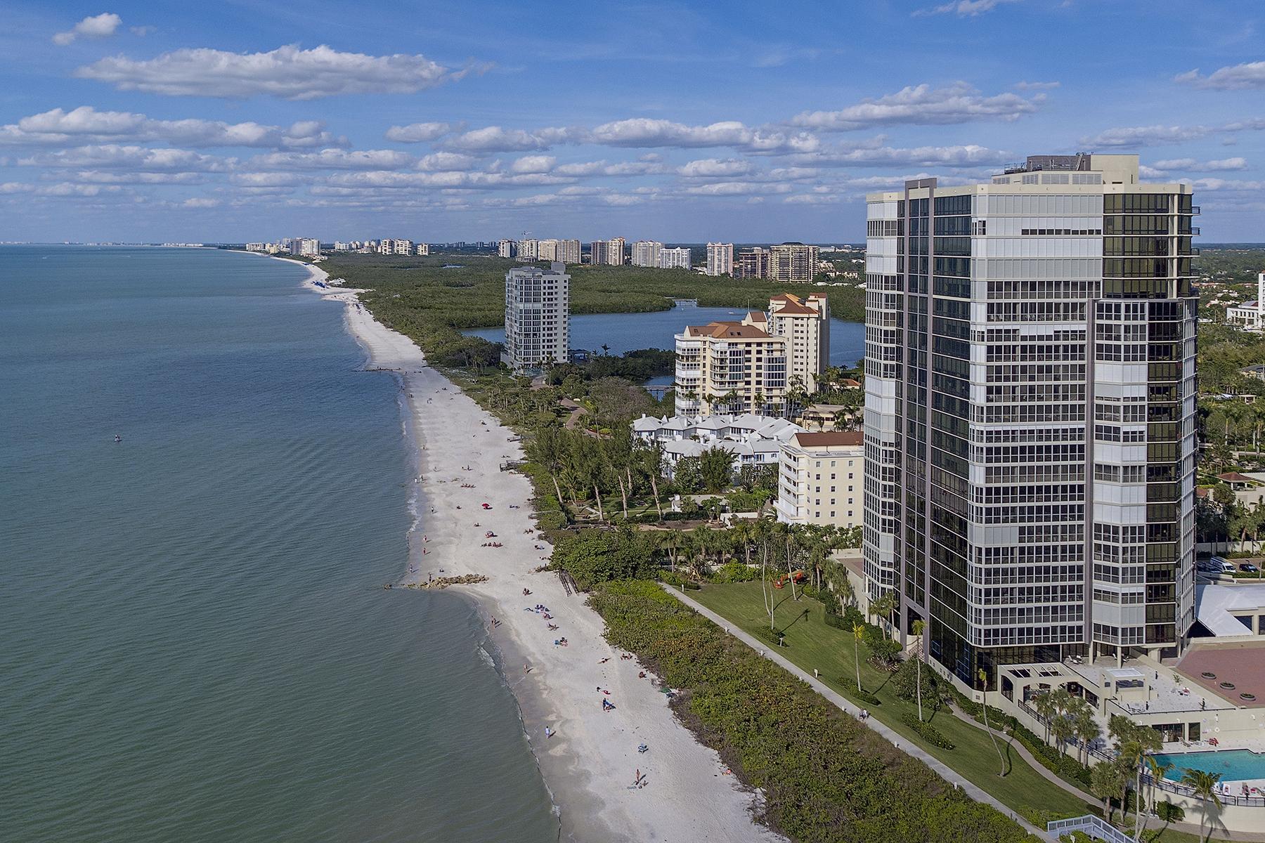 شقة بعمارة للـ Sale في PARK SHORE - LE PARC 4951 Gulf Shore Blvd N 603, Naples, Florida, 34103 United States