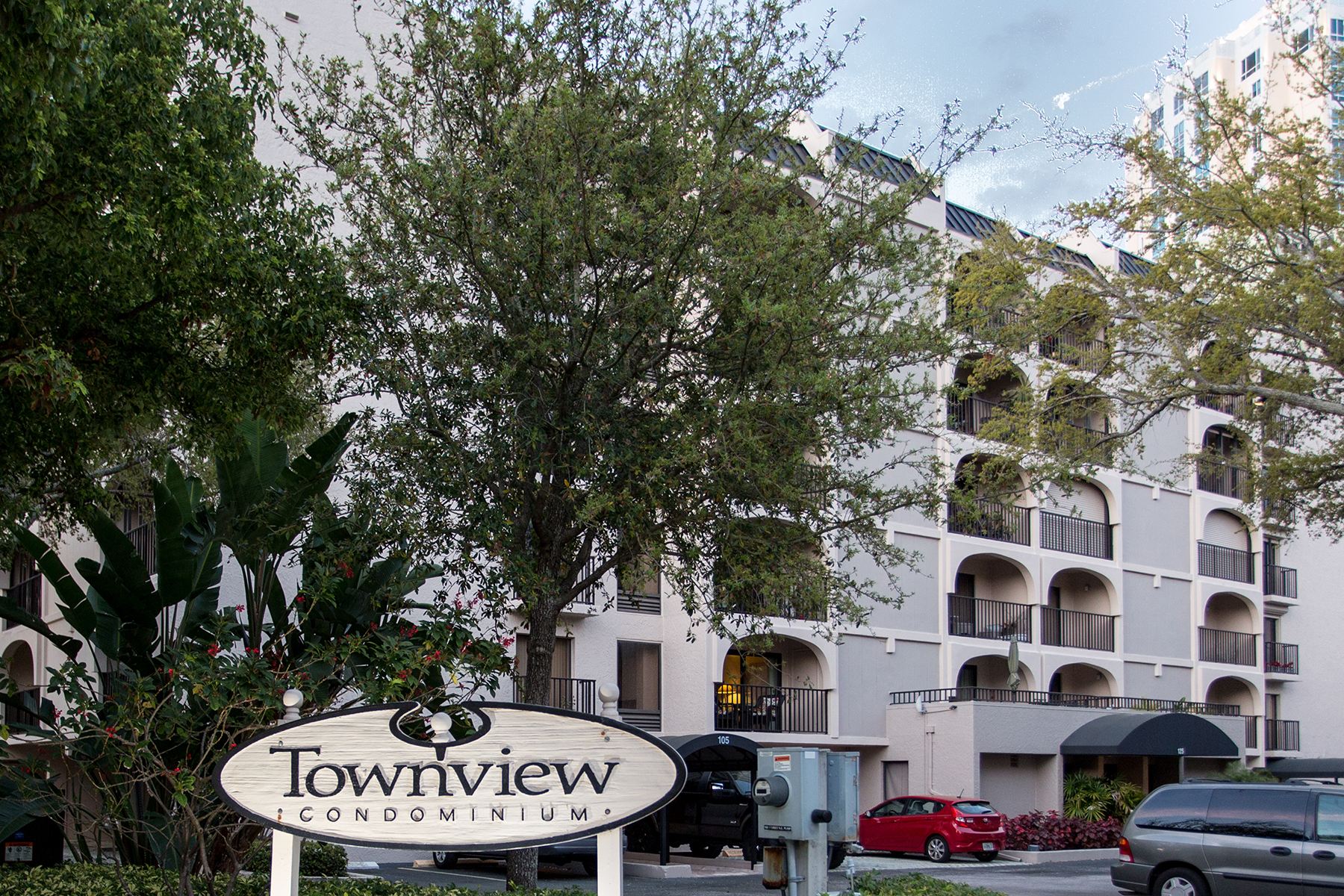 Condominium for Sale at TOWNVIEW 105 4th Ave NE 218, St. Petersburg, Florida 33701 United States