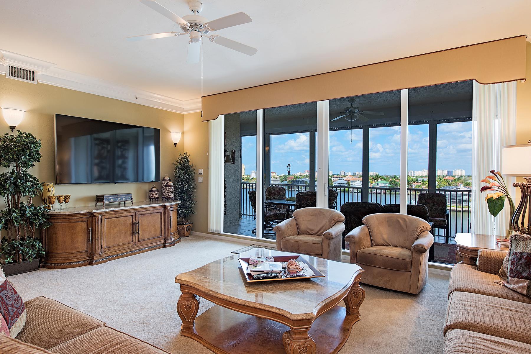 共管式独立产权公寓 为 销售 在 VANDERBILT BEACH - REGATTA 410 Flagship Dr 604 那不勒斯, 佛罗里达州, 34108 美国