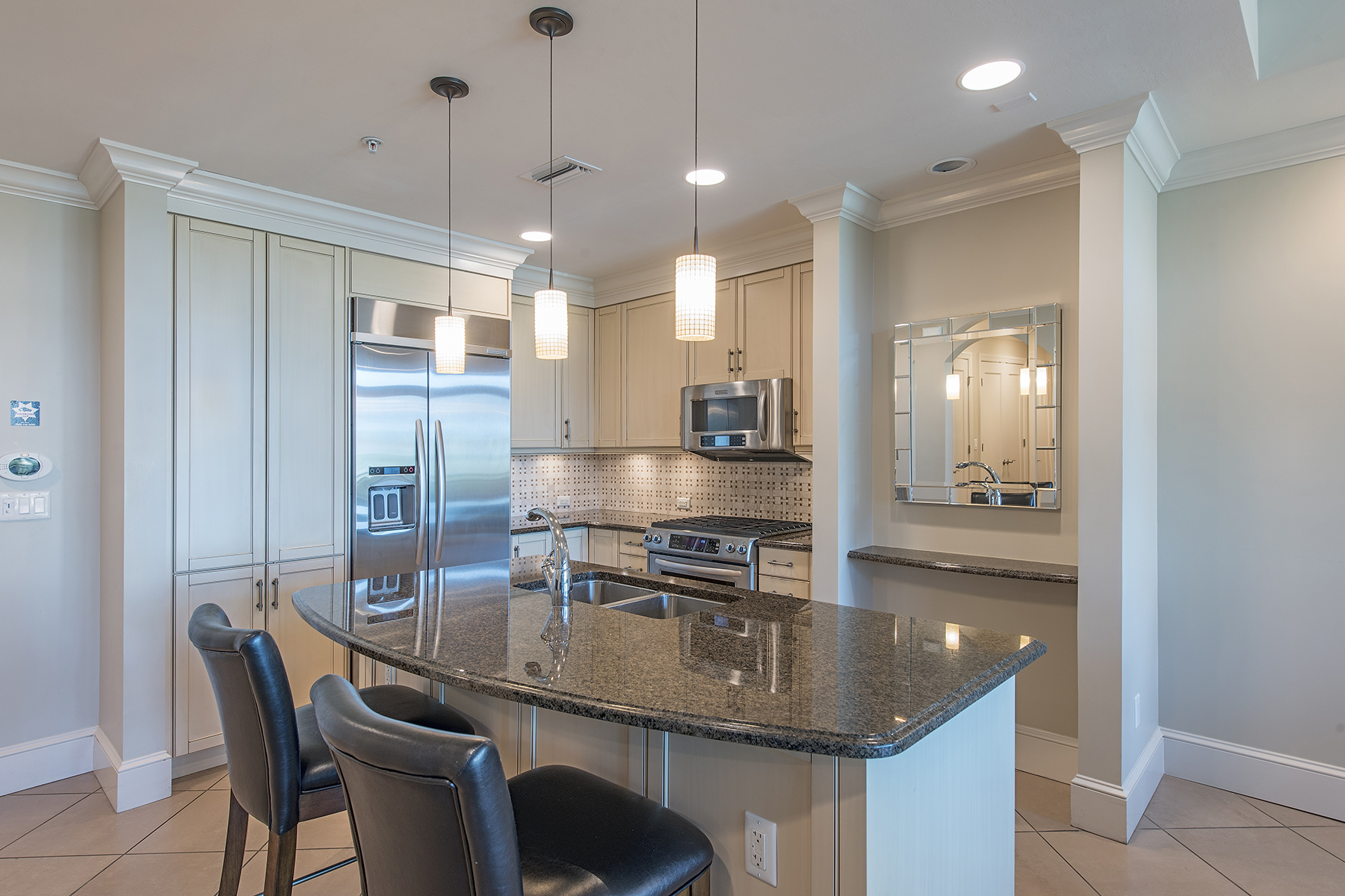 Nhà chung cư vì Bán tại 9123 Strada Pl , 7209, Naples, FL 34108 9123 Strada Pl 7209 Naples, Florida, 34108 Hoa Kỳ