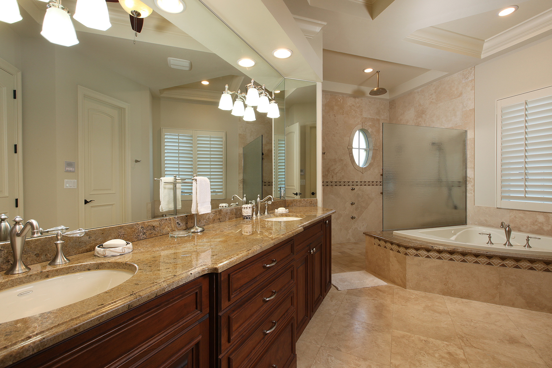 Additional photo for property listing at MOORINGS 1831  Crayton Rd,  Naples, Florida 34102 United States