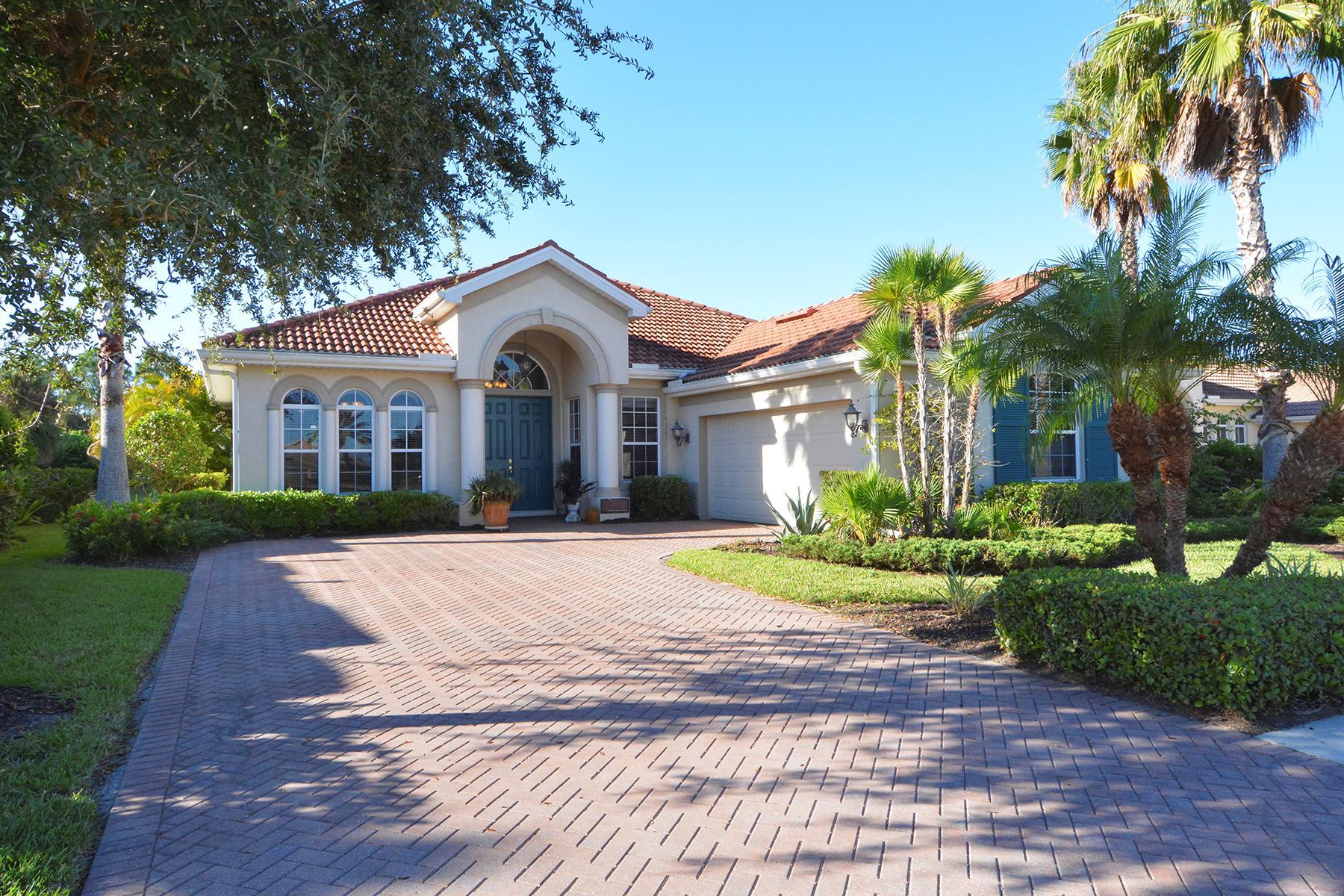 Casa para uma família para Venda às VENETIAN GOLF & RIVER CLUB 150 Medici Terr North Venice, Florida, 34275 Estados Unidos