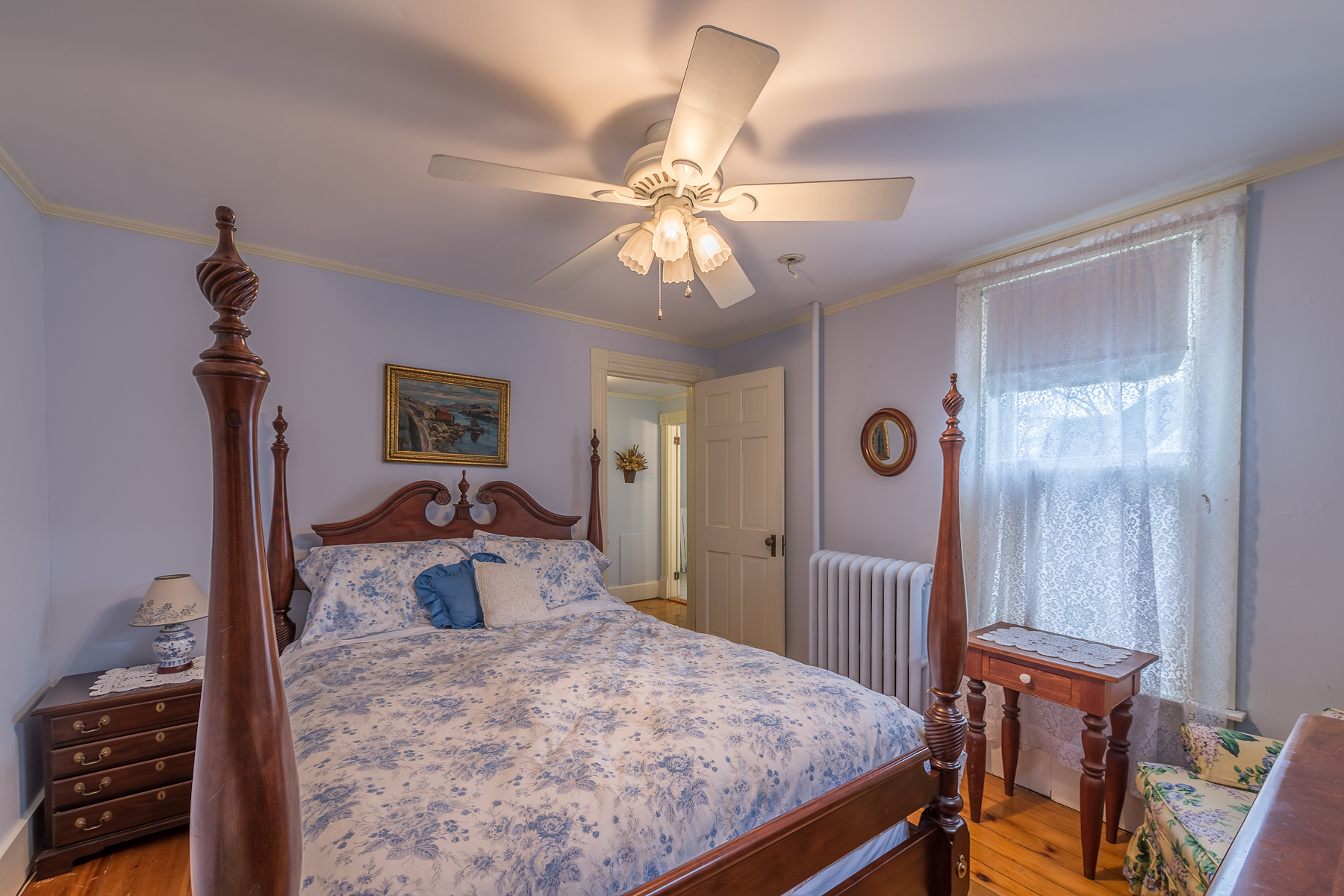 Additional photo for property listing at Victorian Gem in the Heart of Cooperstown 88  Chestnut St Cooperstown, Нью-Йорк 13326 Соединенные Штаты