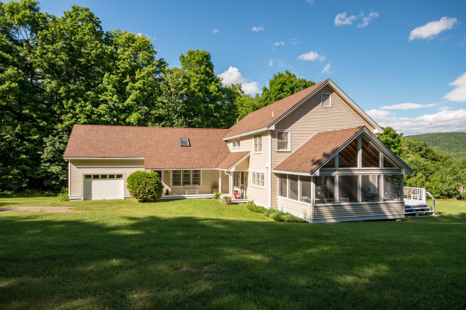 Частный односемейный дом для того Продажа на Beaver Brook Farm 231 Carver Lane Willsboro, Нью-Йорк 12996 Соединенные Штаты