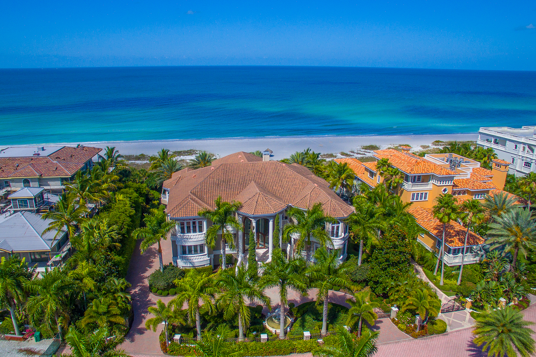 Single Family Home for Sale at LONGBOAT KEY 825 Longboat Club Rd Longboat Key, Florida, 34228 United States