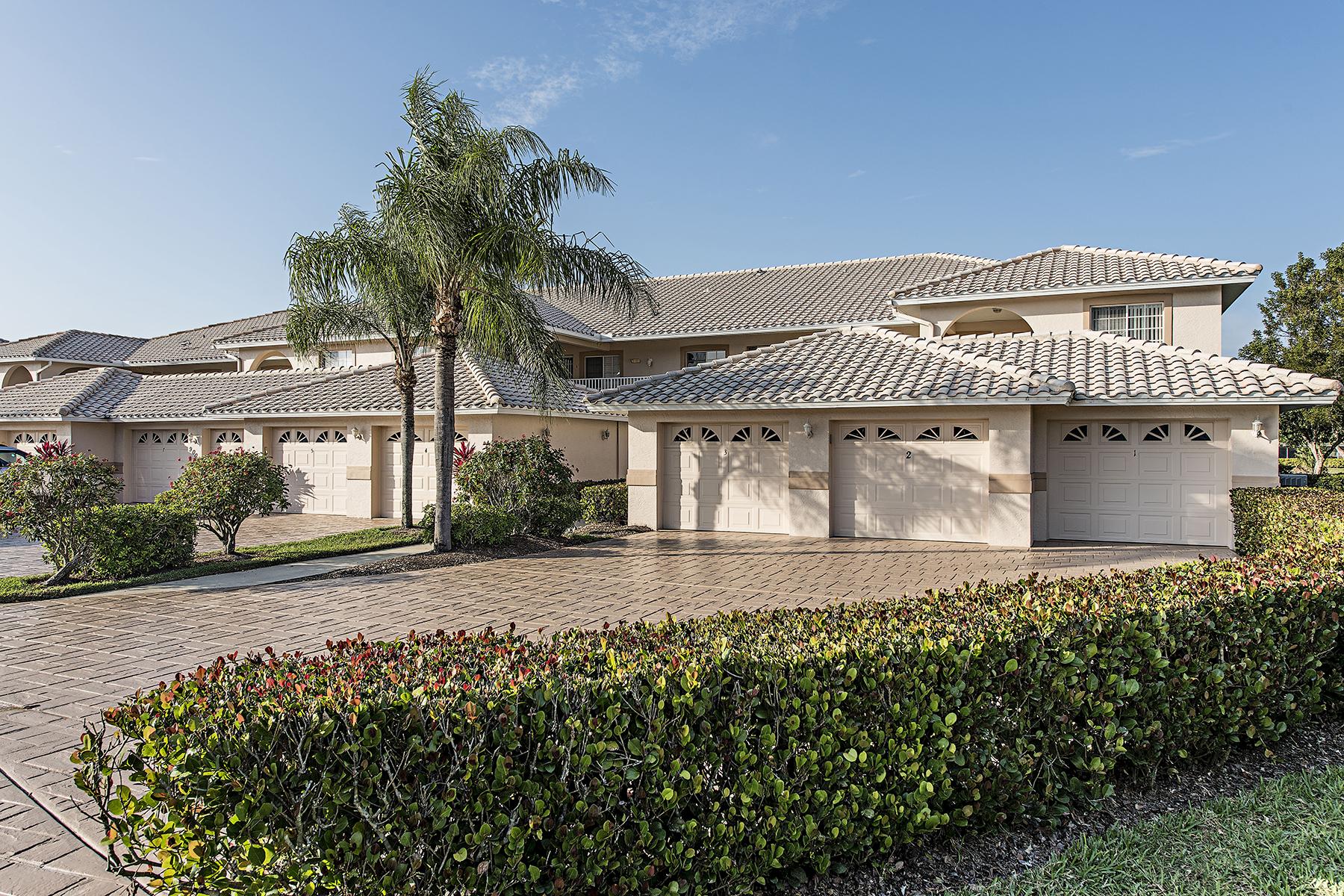 Piso por un Venta en LELY RESORT - RUBY AT SUNSTONE 9009 Michael Cir 1-105 Naples, Florida, 34113 Estados Unidos