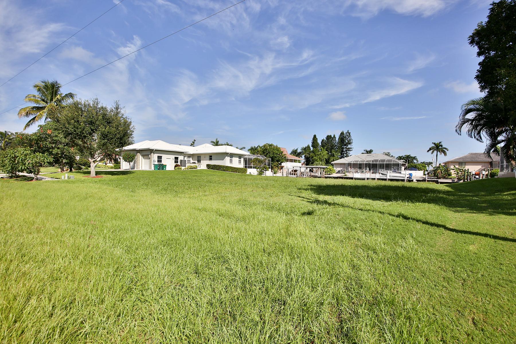 Terreno por un Venta en MARCO ISLAND 1110 Abbeville Ct Marco Island, Florida, 34145 Estados Unidos