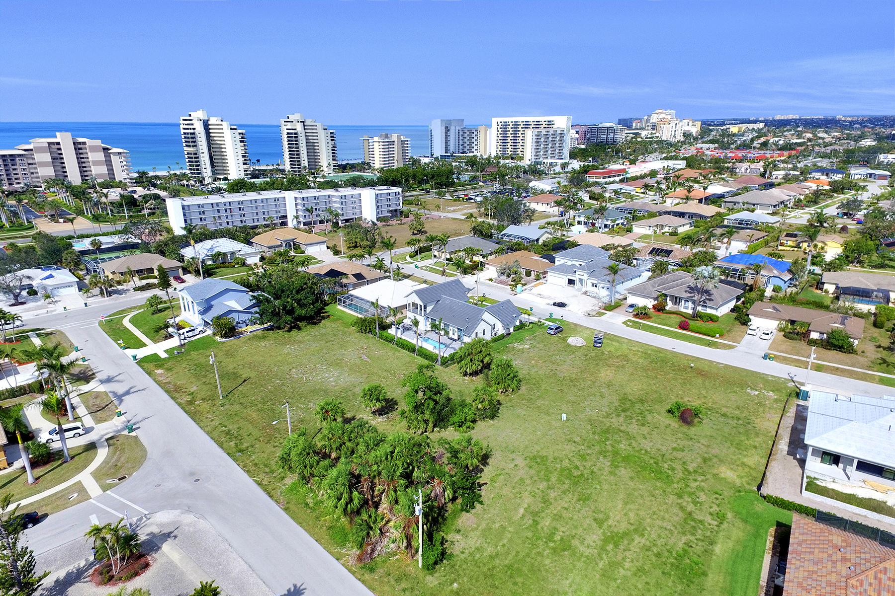Land for Sale at MARCO ISLAND 828 Amber Dr, Marco Island, Florida, 34145 United States
