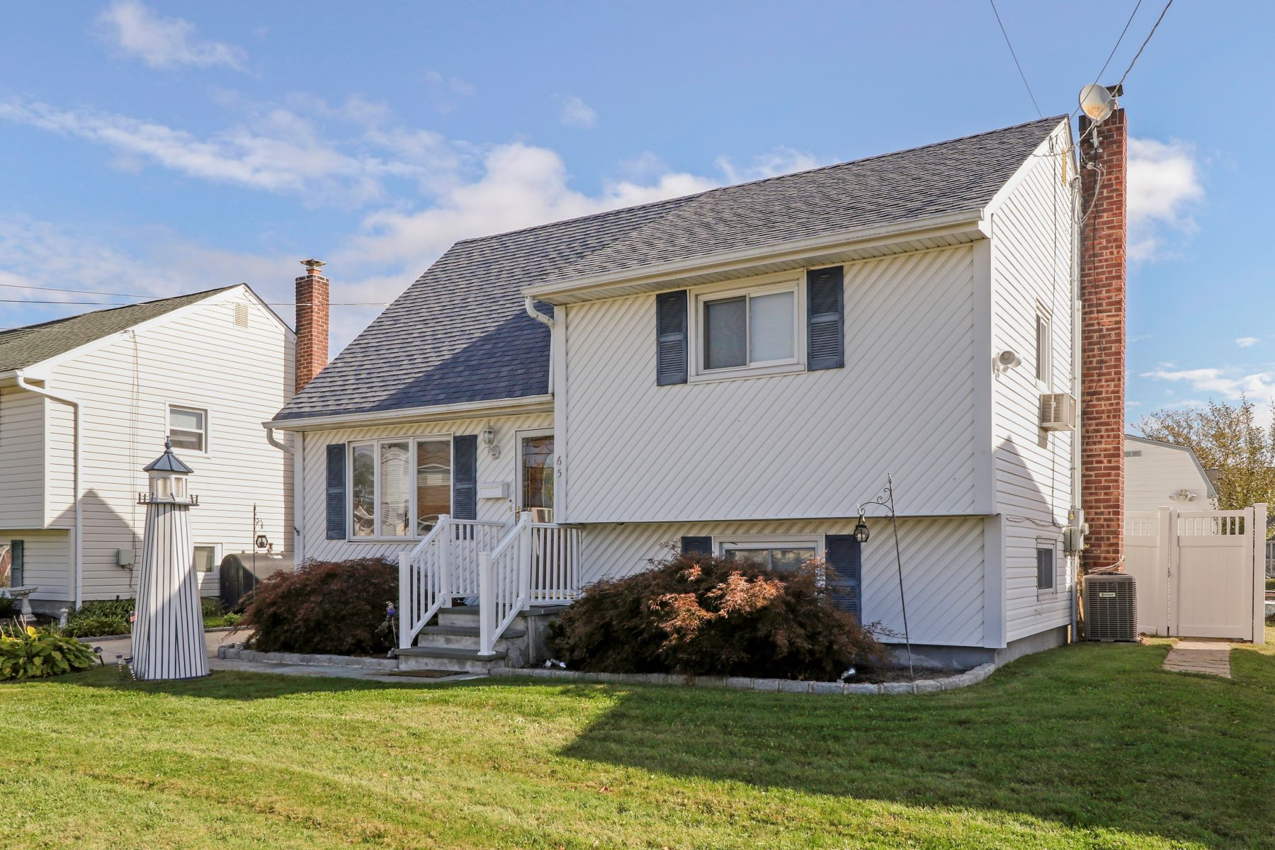 Single Family Home for Sale at 65 East Drive, Copiague, NY 11726 65 East Dr, Copiague, New York, 11726 United States