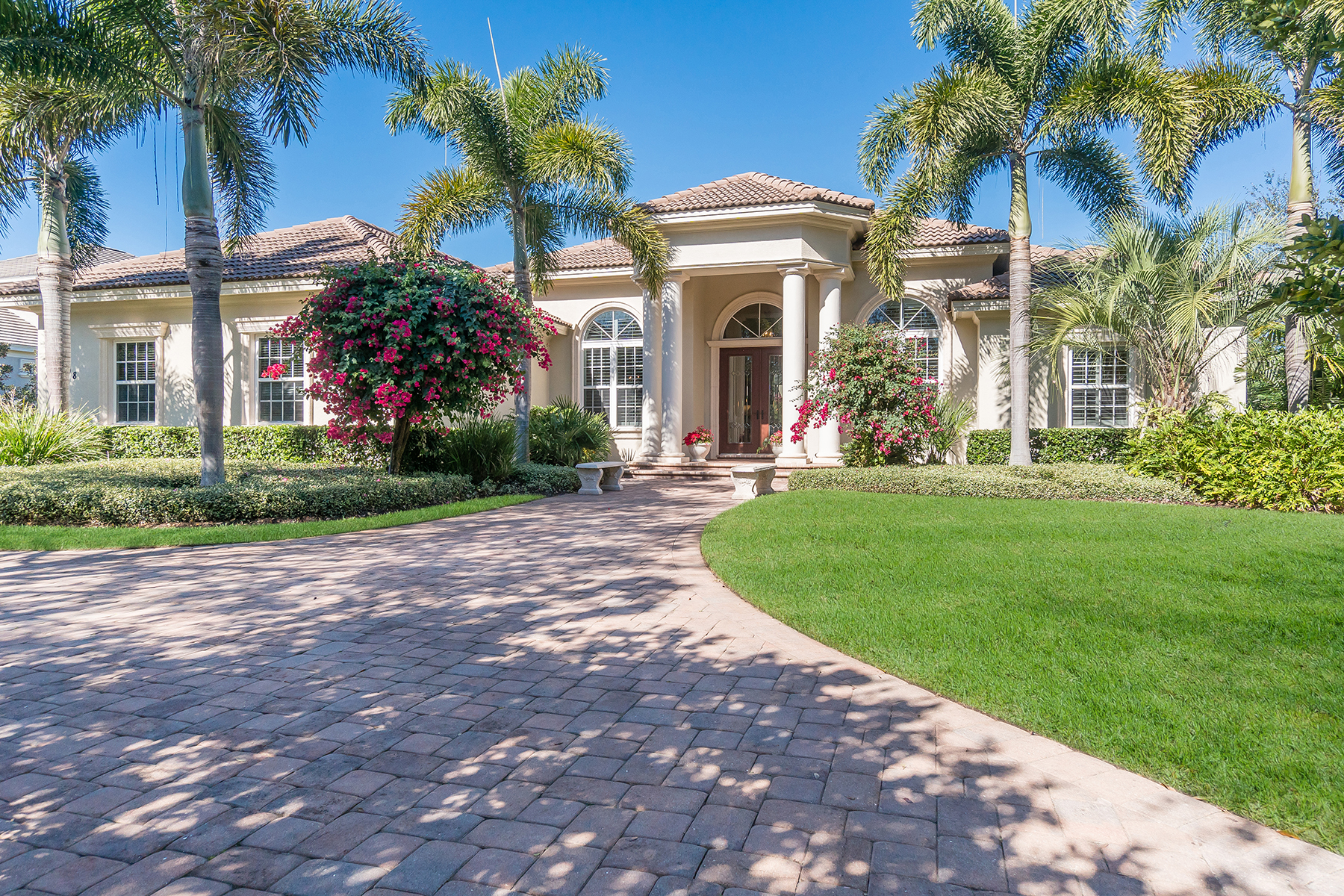 Single Family Home for Sale at 4008 Founders Club Dr , Sarasota, FL 34240 4008 Founders Club Dr, Sarasota, Florida, 34240 United States
