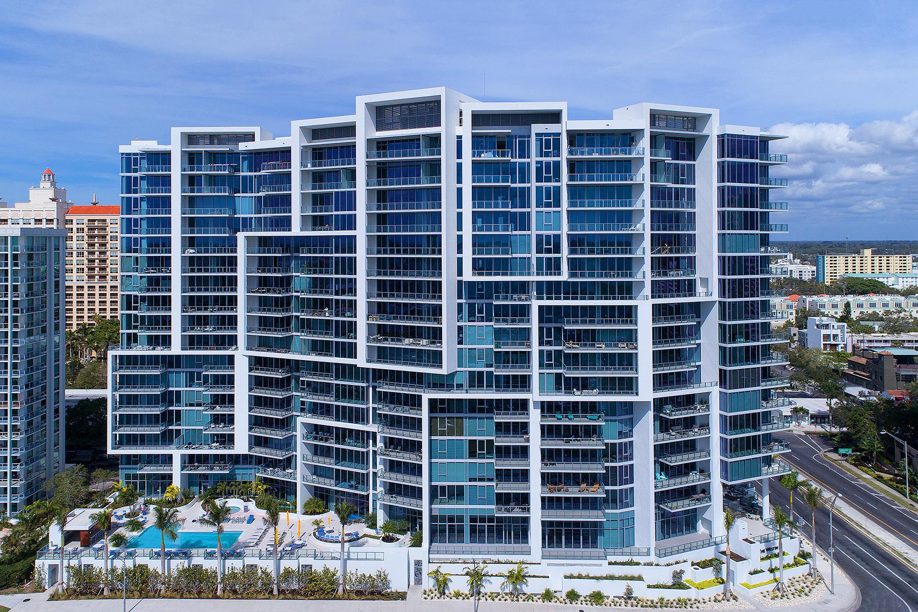 콘도미니엄 용 매매 에 THE VUE 1155 N Gulfstream Ave 404, Sarasota, 플로리다, 34236 미국