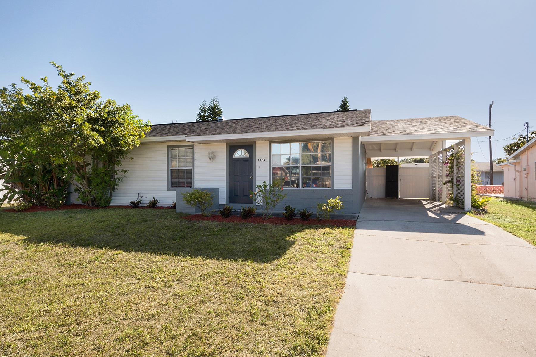 Maison unifamiliale pour l à vendre à NORTH PORT 4488 Nele St, North Port, Florida, 34287 États-Unis