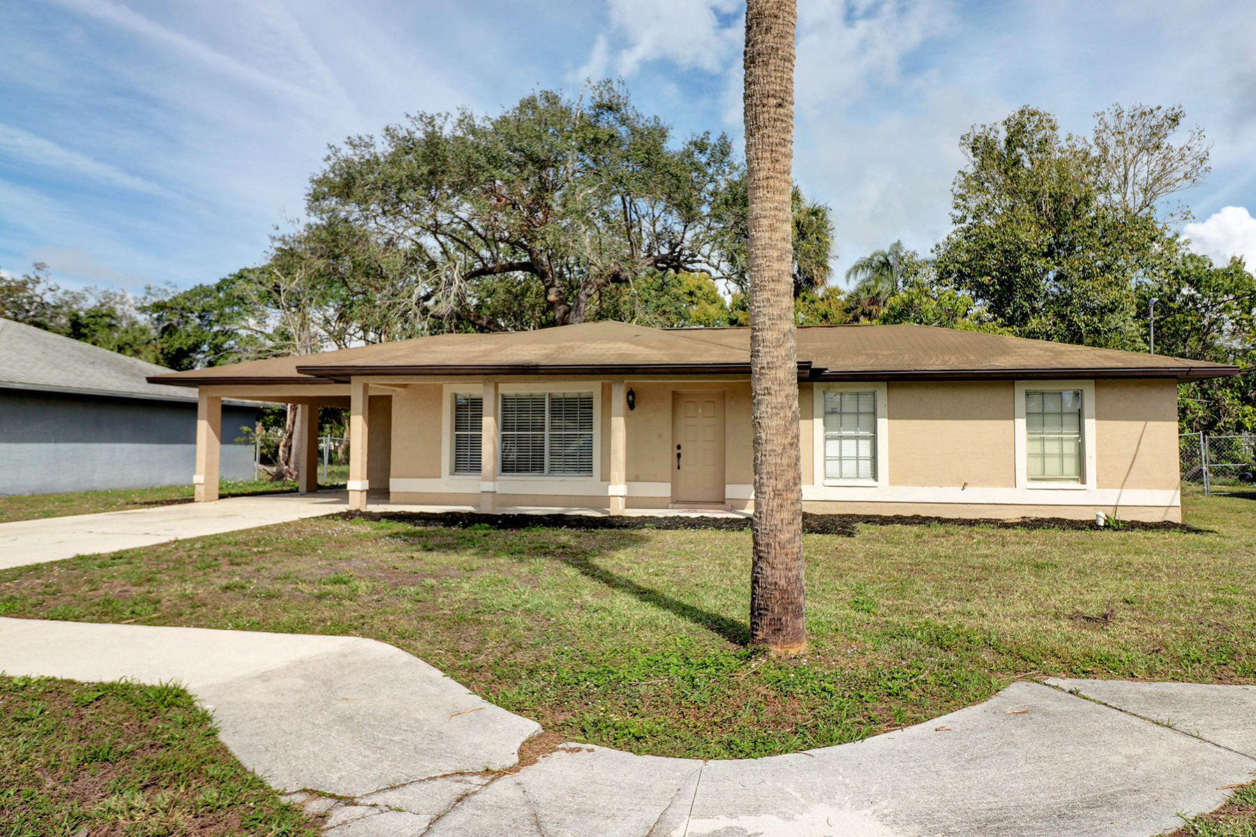 Single Family Home for Sale at 2623 Guava St , Fort Myers, FL 33916 2623 Guava St, Fort Myers, Florida, 33916 United States