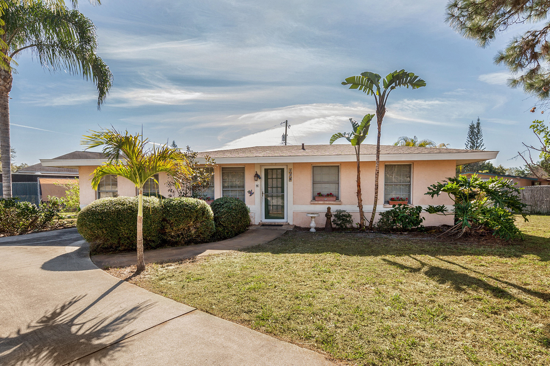 Single Family Home for Sale at SOUTH VENICE 139 Princeton Rd Rd Venice, Florida, 34293 United States