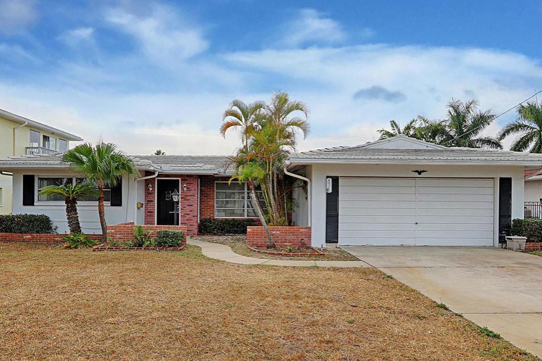 Maison unifamiliale pour l Vente à LARGO 4510 Harbor Hills Dr Largo, Florida, 33770 États-Unis