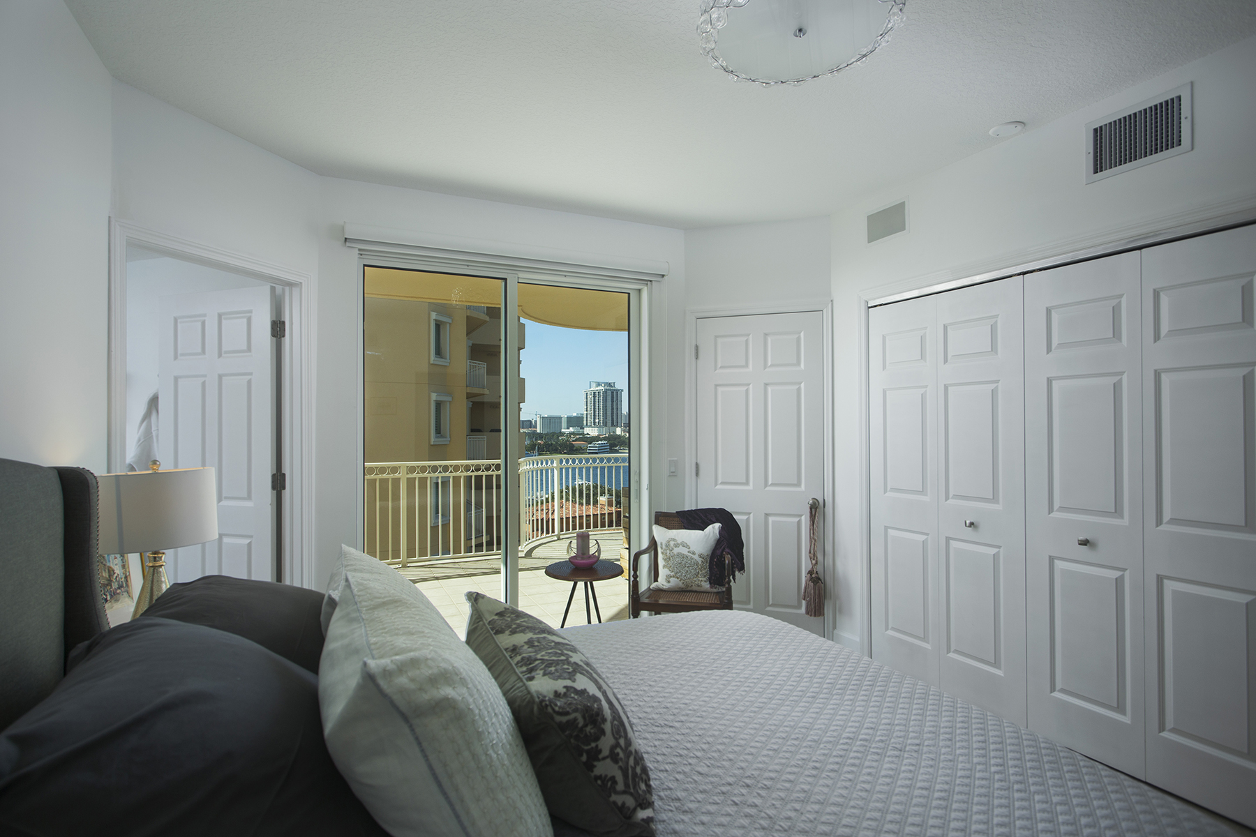 Additional photo for property listing at VINOY PLACE 555  5th Ave  NE 824,  St. Petersburg, Florida 33701 United States