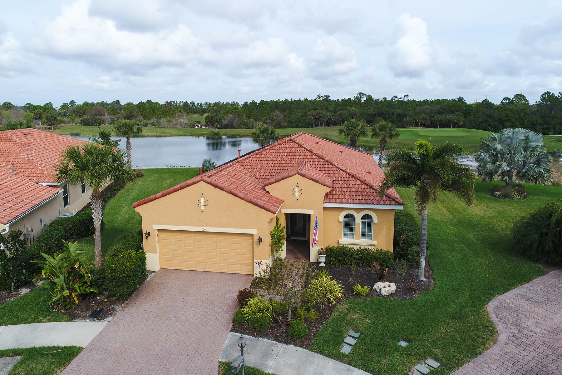 Single Family Home for Sale at VENETIAN GOLF & RIVER CLUB 109 Cipriani Ct, North Venice, Florida, 34275 United States
