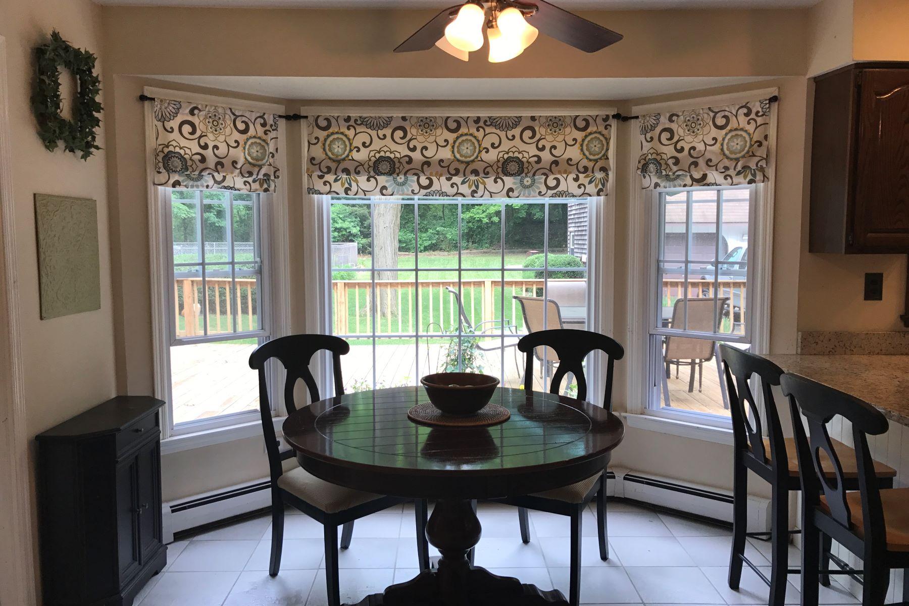 단독 가정 주택 용 매매 에 8 Van Brunt Manor Rd , Setauket, NY 11733 8 Van Brunt Manor Rd, Setauket, 뉴욕, 11733 미국