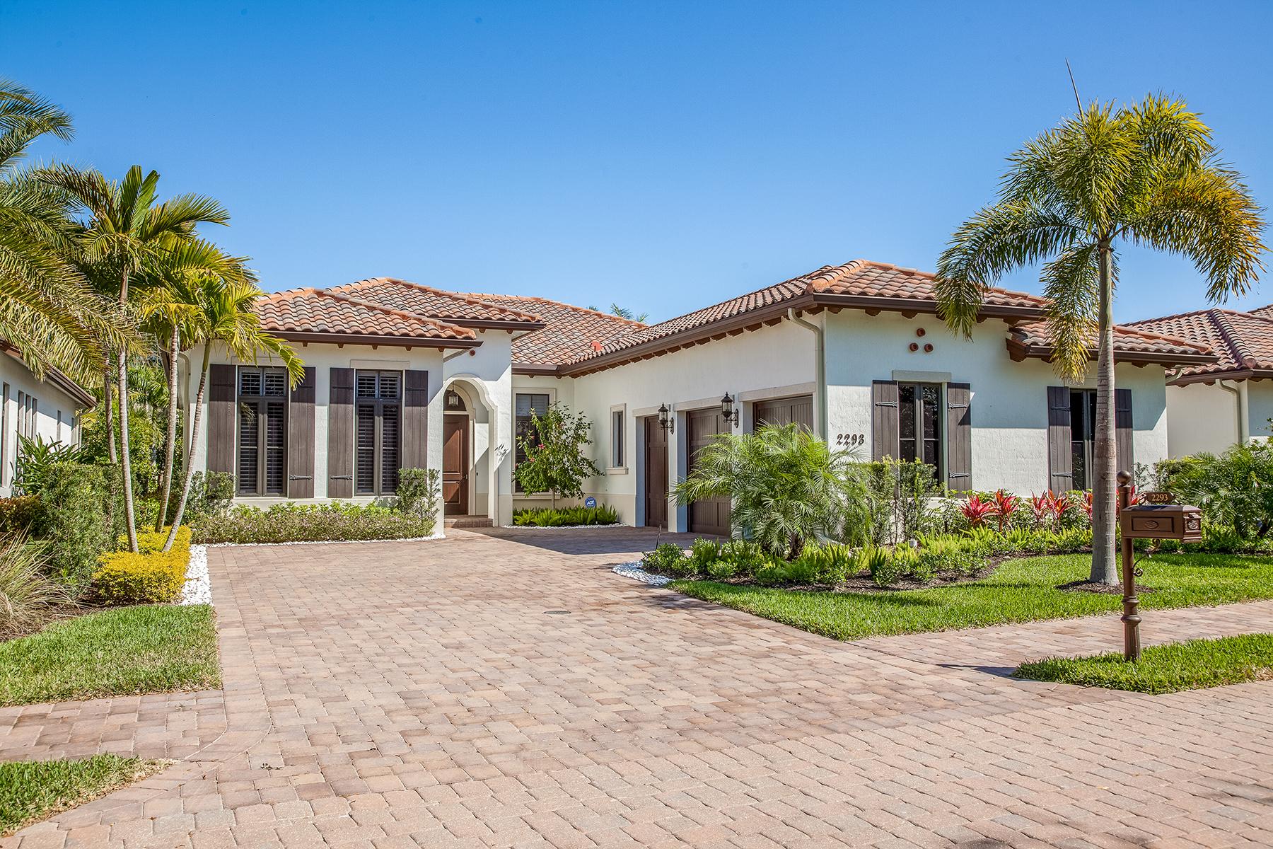 Villa per Vendita alle ore GREY OAKS - TRADITIONS 2293 Residence Cir Naples, Florida, 34105 Stati Uniti