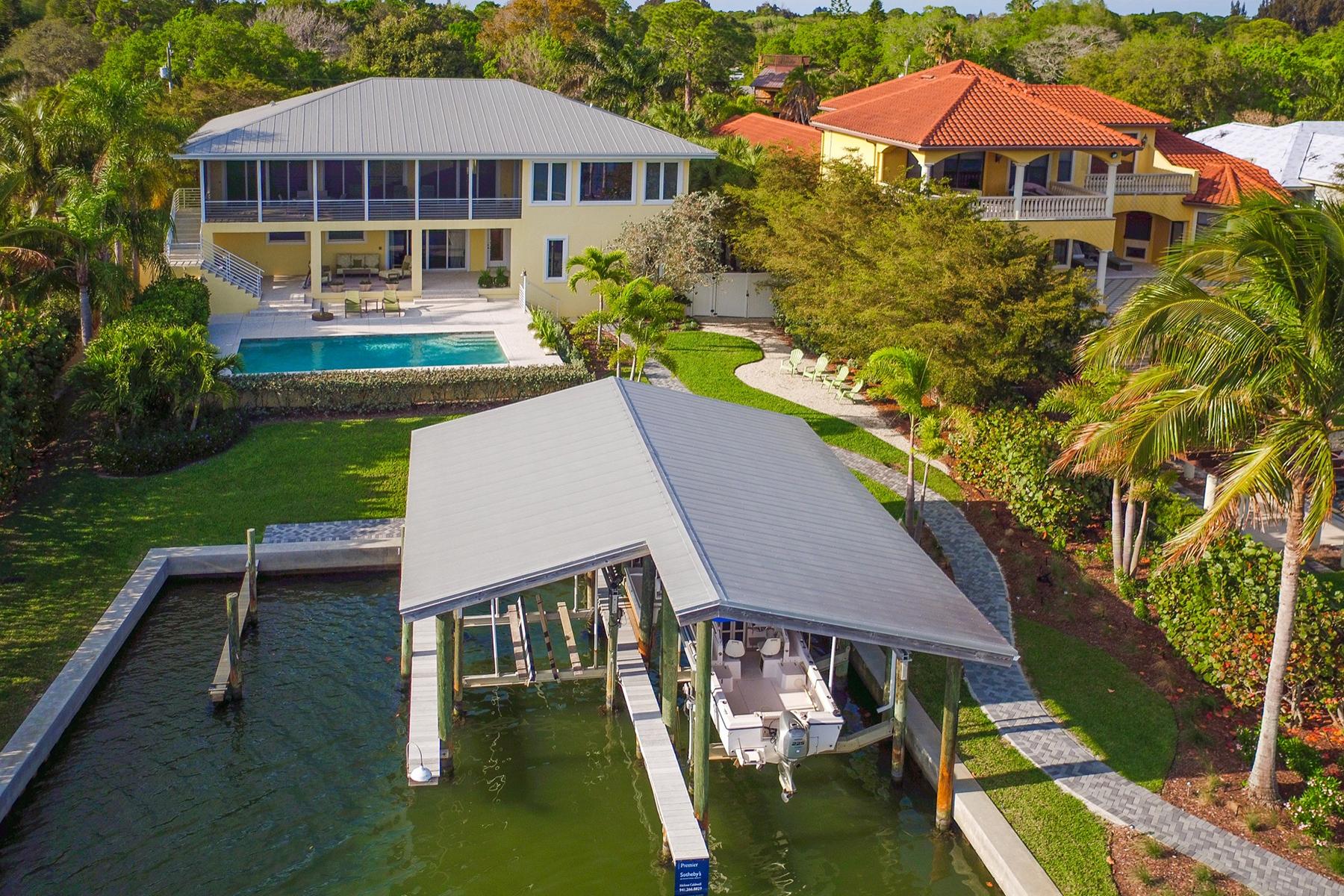 Casa para uma família para Venda às BAY POINT 525 Bayview Pkwy Nokomis, Florida, 34275 Estados Unidos