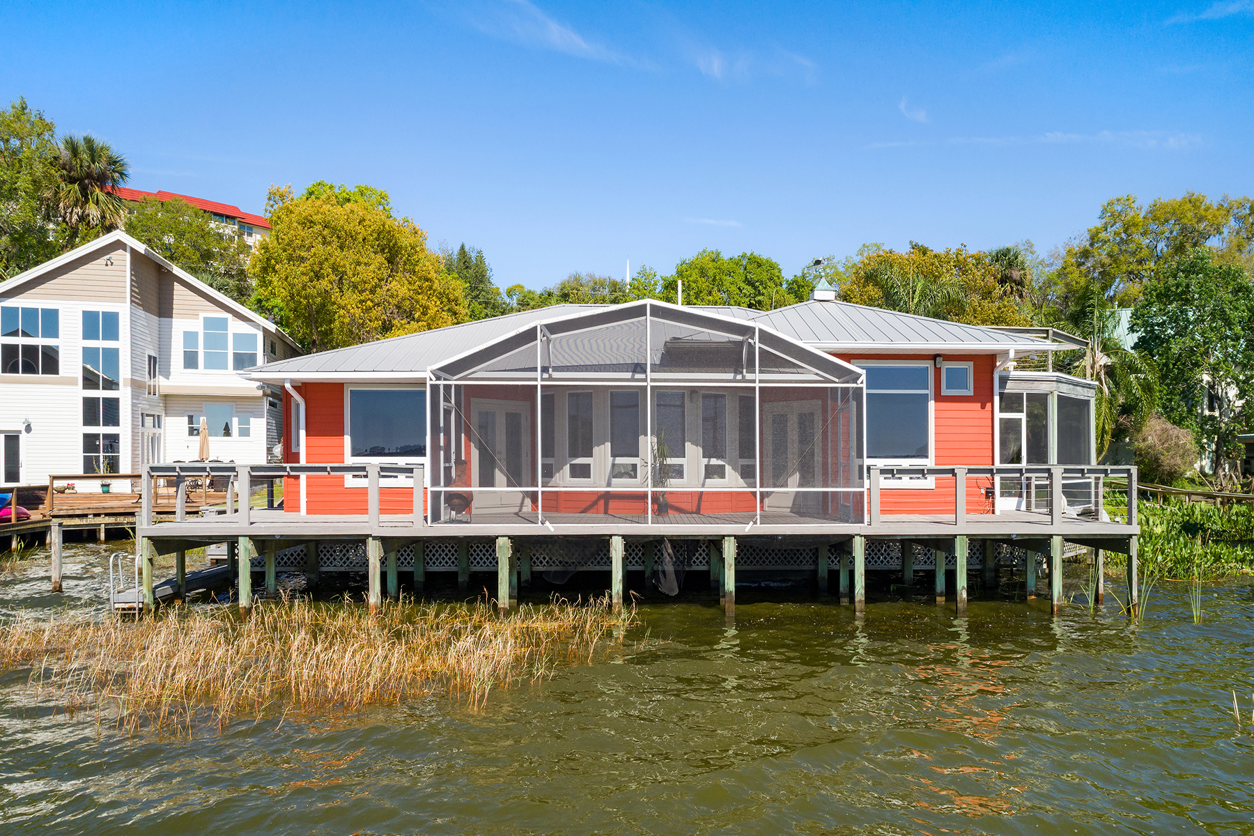 Single Family Home for Sale at ORLANDO - MOUNT DORA 401 & 401 Lake Dora Rd, Mount Dora, Florida, 32757 United States