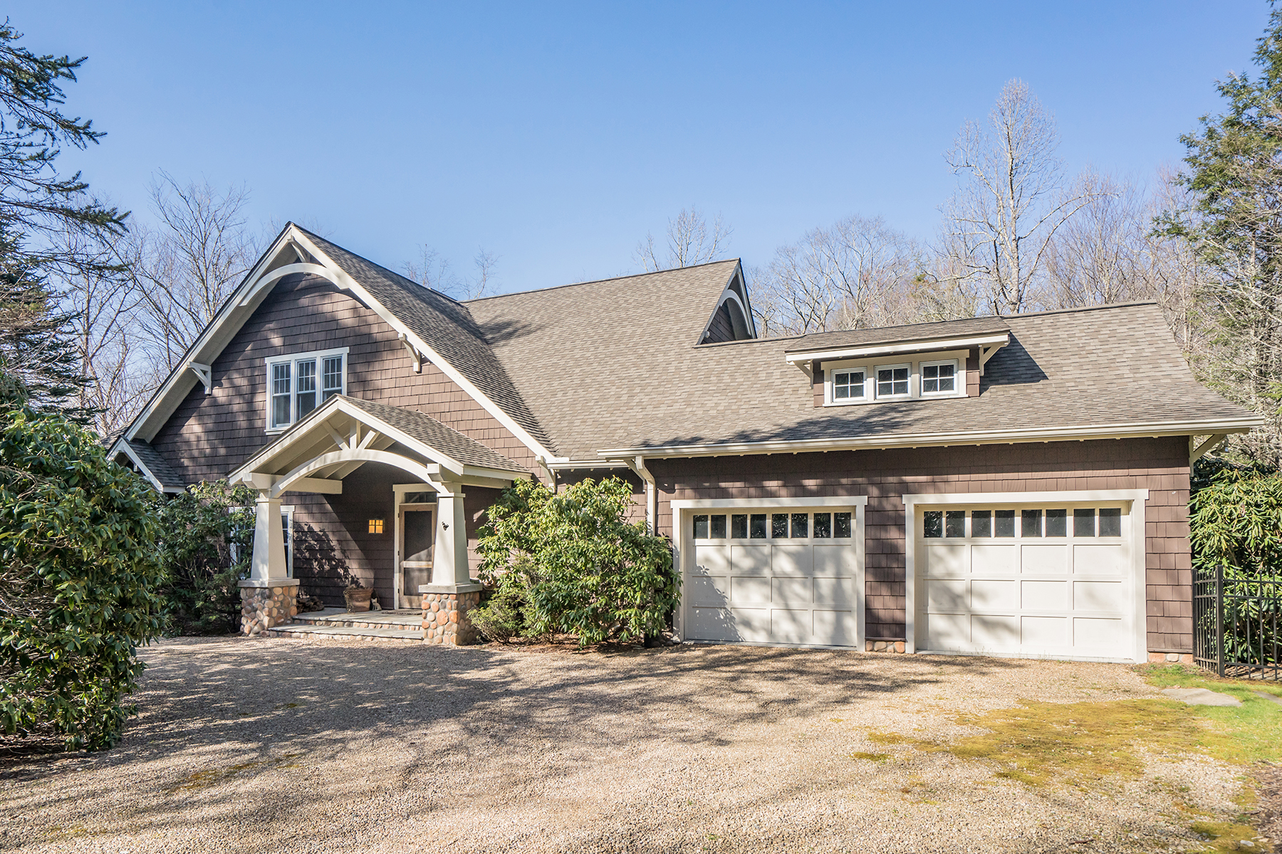 Single Family Home for Sale at CRYSTAL LAKE - BLOWING ROCK 375 New River Lake Dr, Blowing Rock, North Carolina 28605 United States