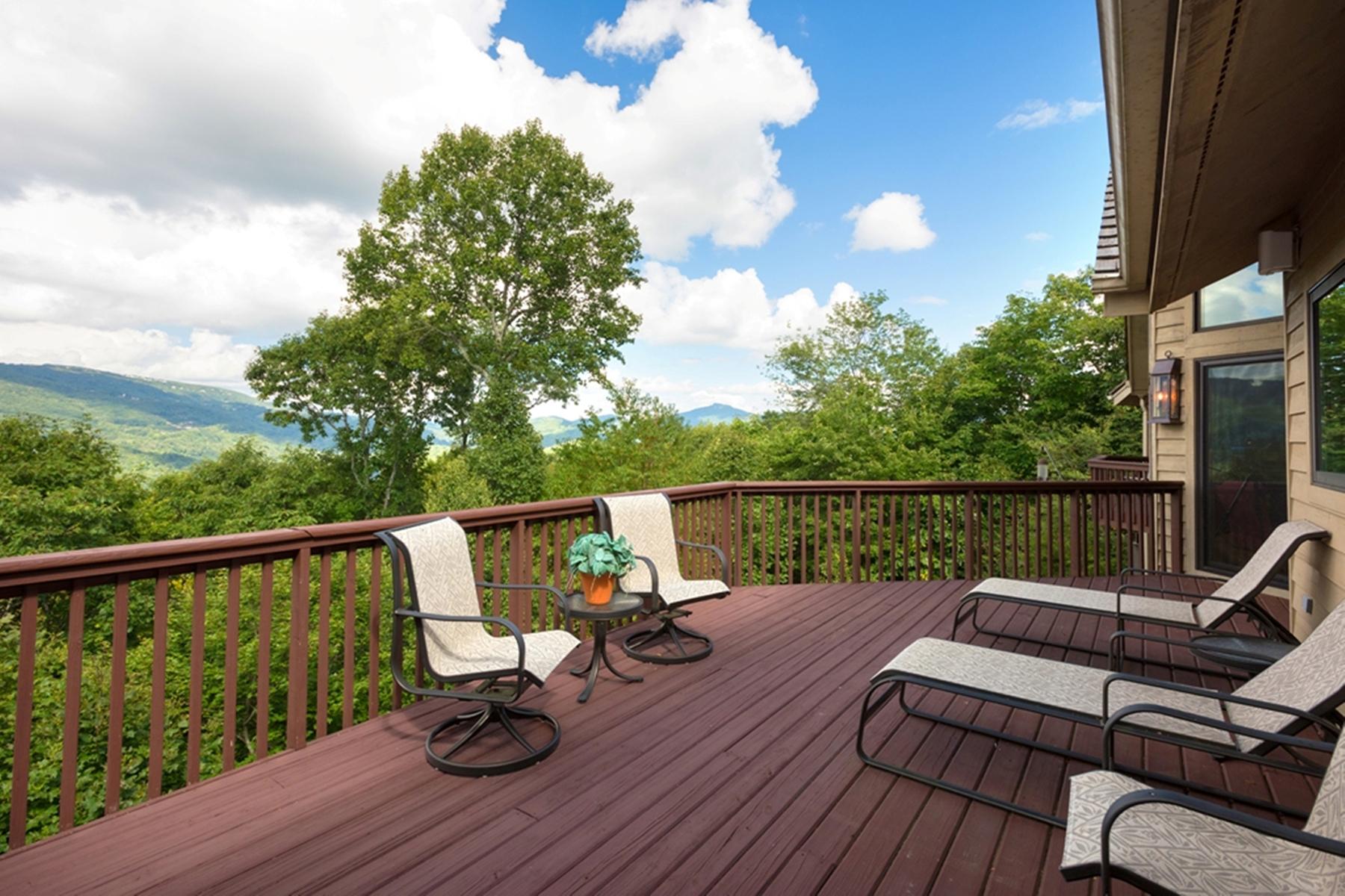 Single Family Home for Sale at BANNER ELK - ELK RIVER 498 Wren Way, Banner Elk, North Carolina 28604 United States