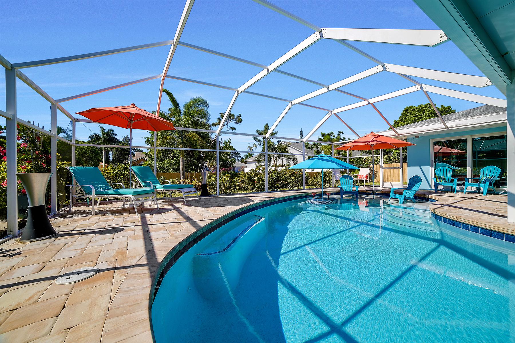 Maison unifamiliale pour l Vente à MARCO ISLAND 1161 N Collier Blvd Marco Island, Florida, 34145 États-Unis