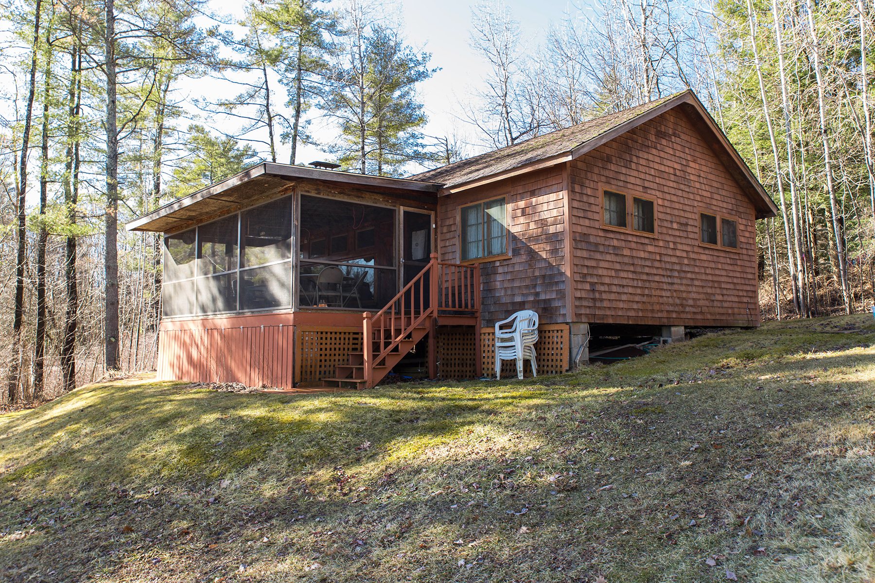 Additional photo for property listing at Adirondack Cottage on Serene Shores of Lake George 19  Pine Cove Rd Hague, Nueva York 12836 Estados Unidos