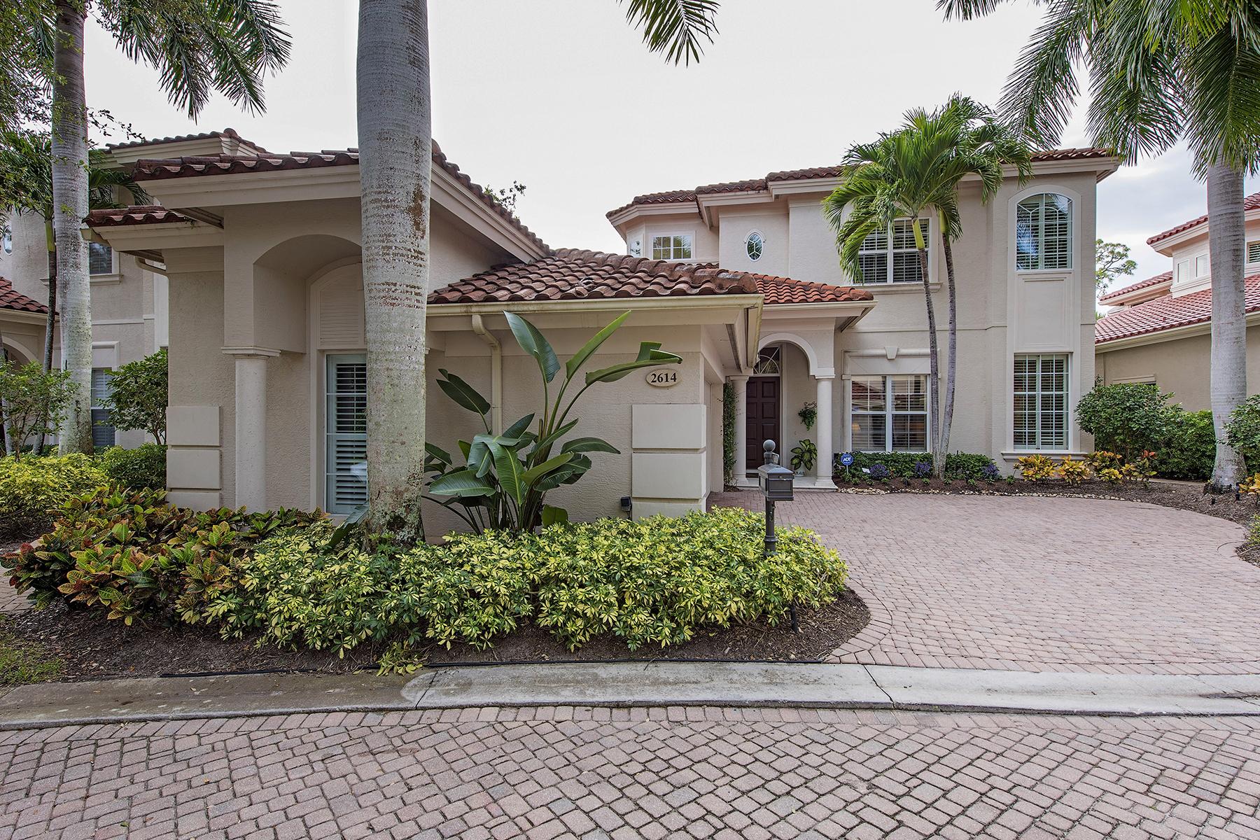 Частный односемейный дом для того Продажа на GREY OAKS - L'ERMITAGE AT GREY OAKS 2614 Lermitage Ln Naples, Флорида, 34105 Соединенные Штаты