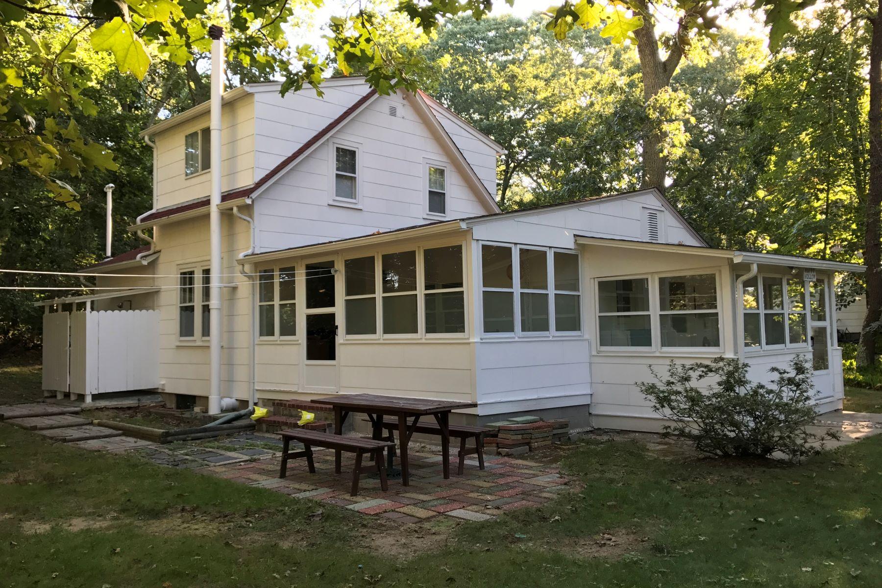 Casa Unifamiliar por un Alquiler en 275 Hamilton Ave 275 Hamilton Ave Cutchogue, Nueva York, 11935 Estados Unidos