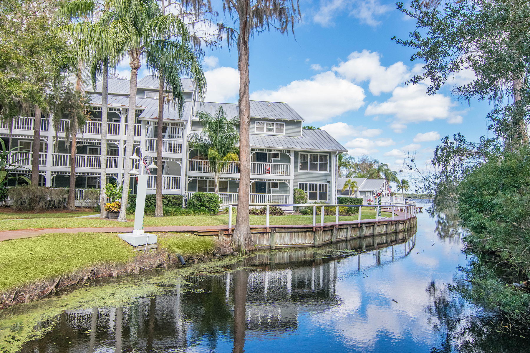 Condominium for Sale at PALM HARBOR 2533 Dolly Bay Dr 304, Palm Harbor, Florida 34684 United States