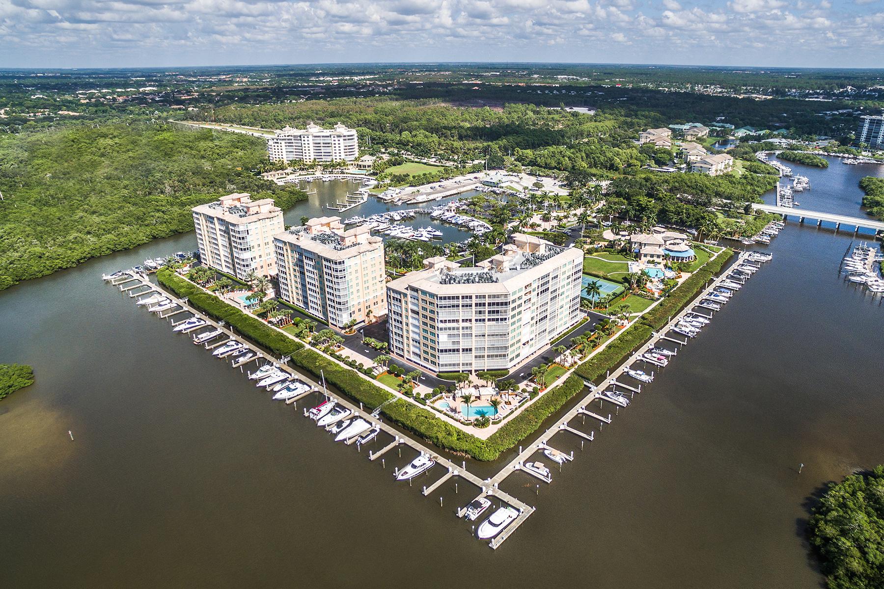 Appartement en copropriété pour l Vente à PELICAN ISLE 425 Dockside Dr 406 Naples, Florida, 34110 États-Unis