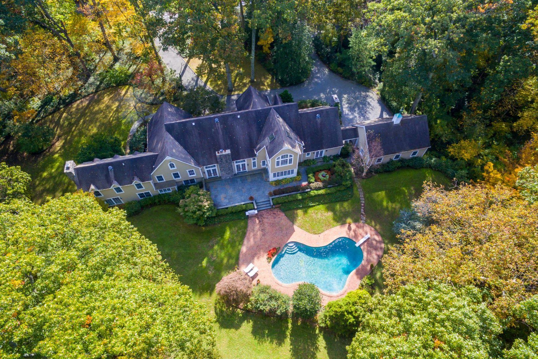 واحد منزل الأسرة للـ Sale في 9 E Gate Rd , Lloyd Harbor, NY 11743 Lloyd Harbor, New York, 11743 United States