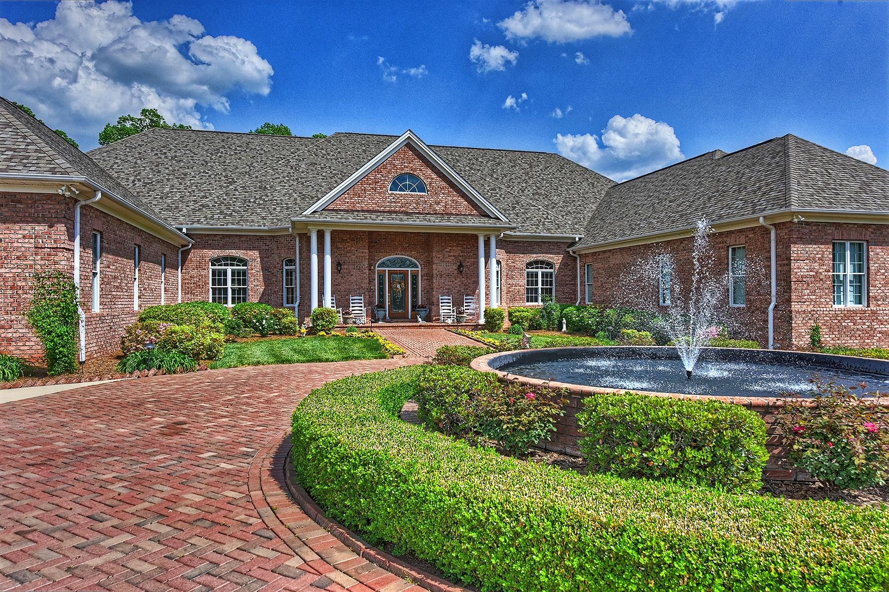 Casa para uma família para Venda às 49461 River Run Rd , Albemarle, NC 28001 49461 River Run Rd 18 Albemarle, Carolina Do Norte, 28001 Estados Unidos