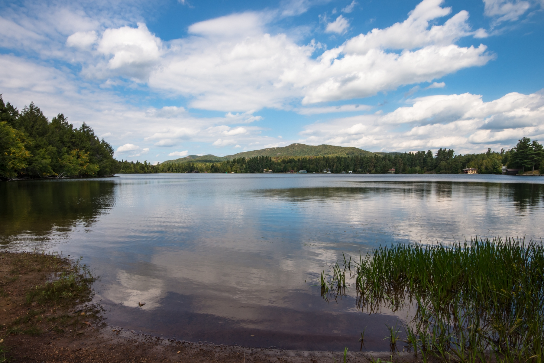 Additional photo for property listing at Lake's End Lodge 223  Blue Spruce Dr Loon Lake, New York 12989 États-Unis