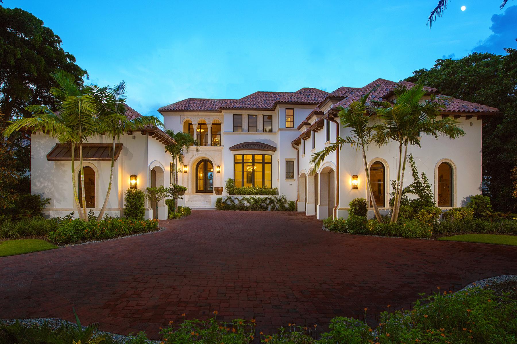 Single Family Home for Sale at Naples 4233 Gordon Dr Port Royal, Naples, Florida, 34102 United States